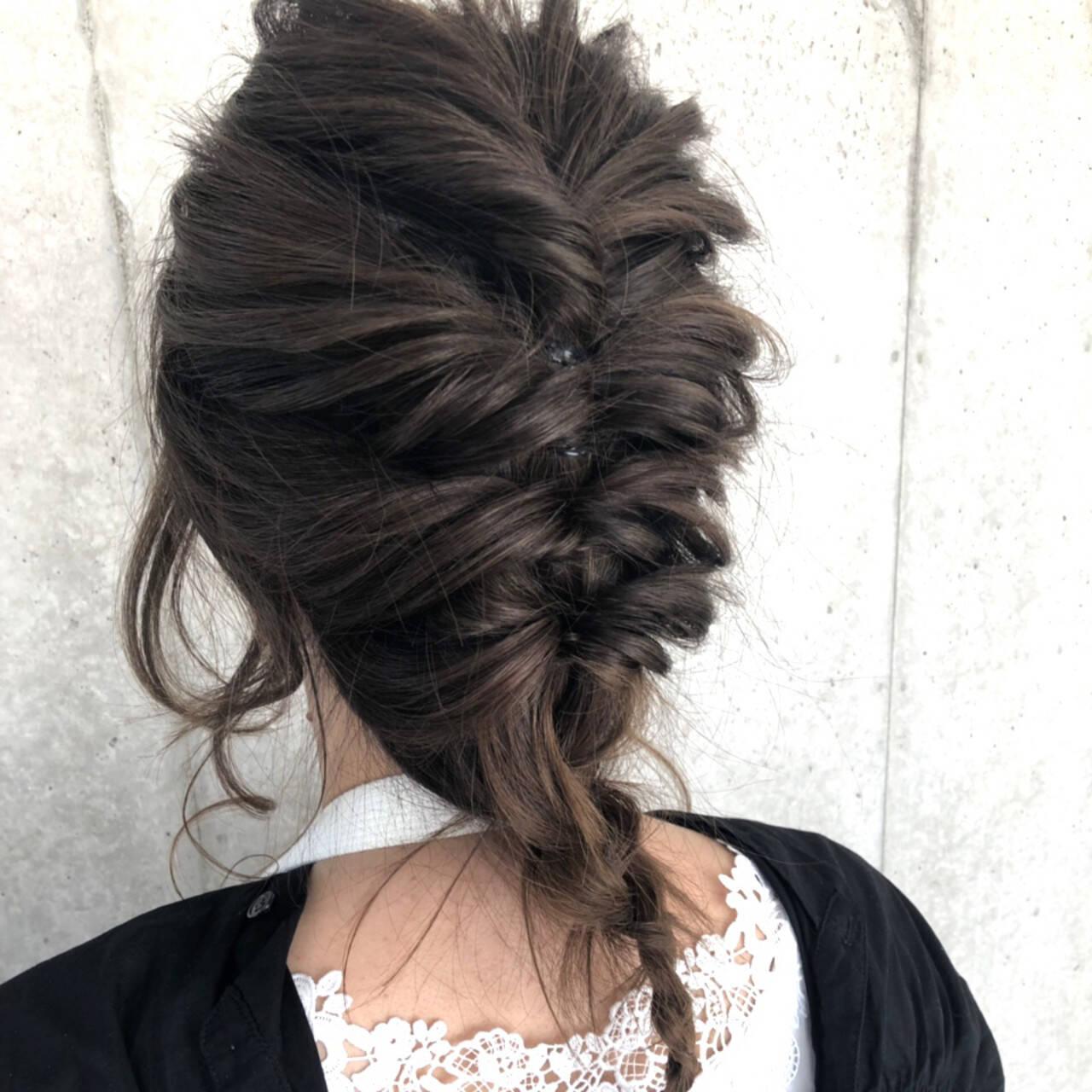 簡単ヘアアレンジ セミロング 結婚式 デートヘアスタイルや髪型の写真・画像