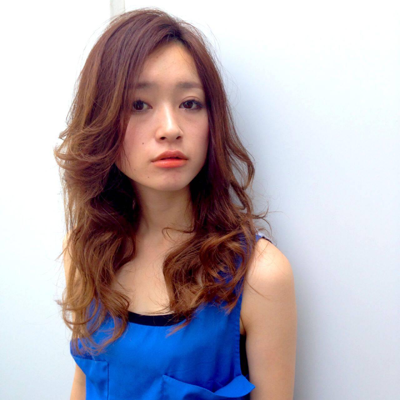 ロング ストリート ガーリー アンニュイヘアスタイルや髪型の写真・画像