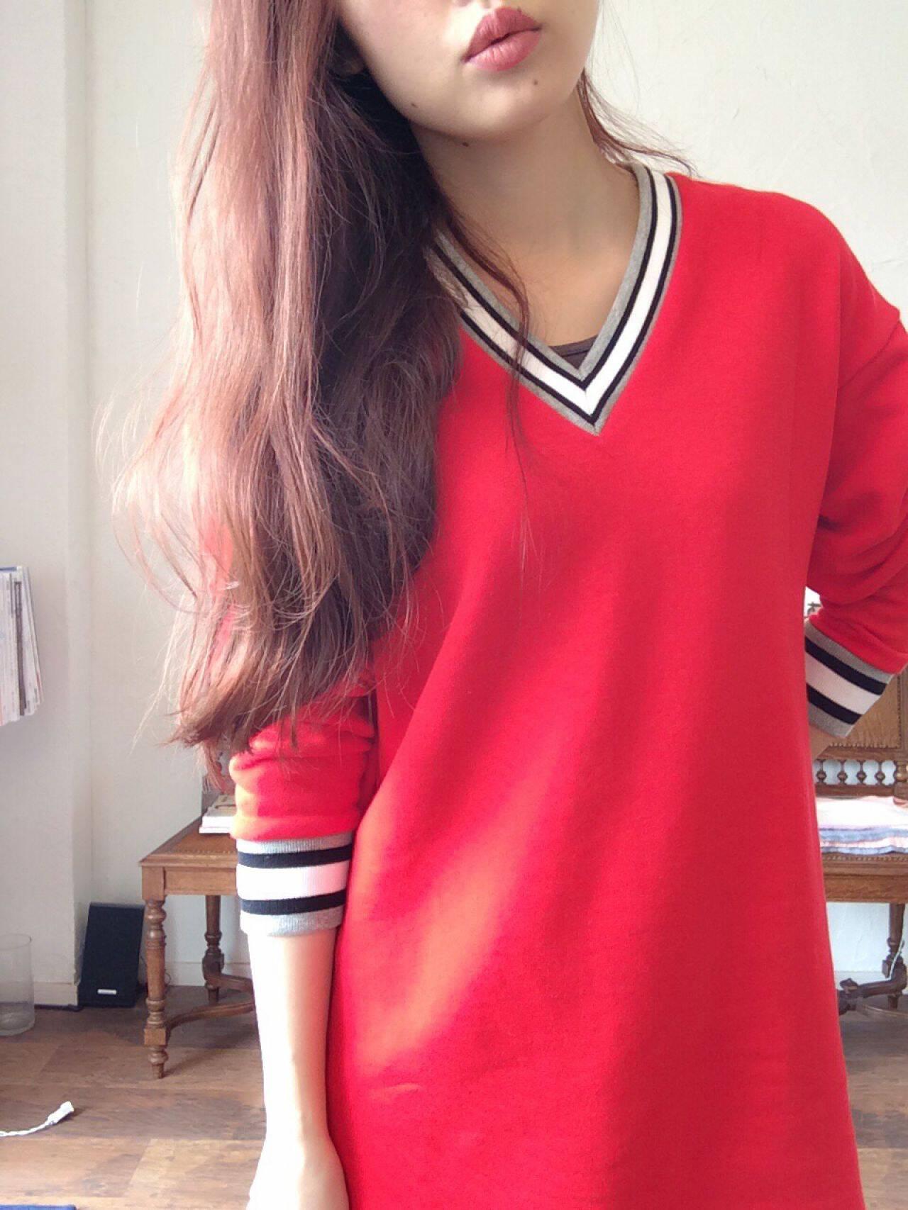 マルサラ レッド 大人かわいい ピンクヘアスタイルや髪型の写真・画像