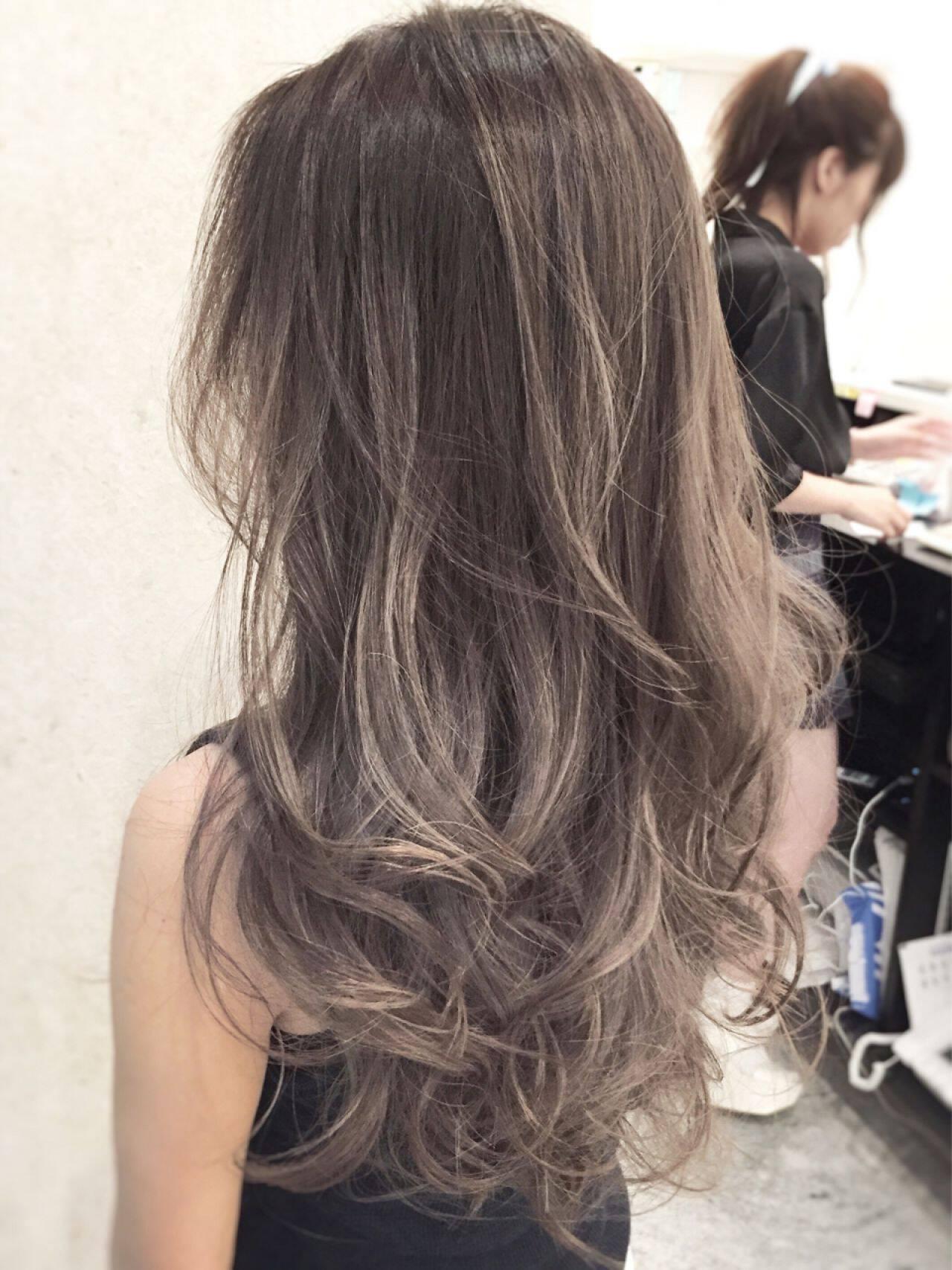 外国人風カラー ロング グラデーションカラー 色気ヘアスタイルや髪型の写真・画像