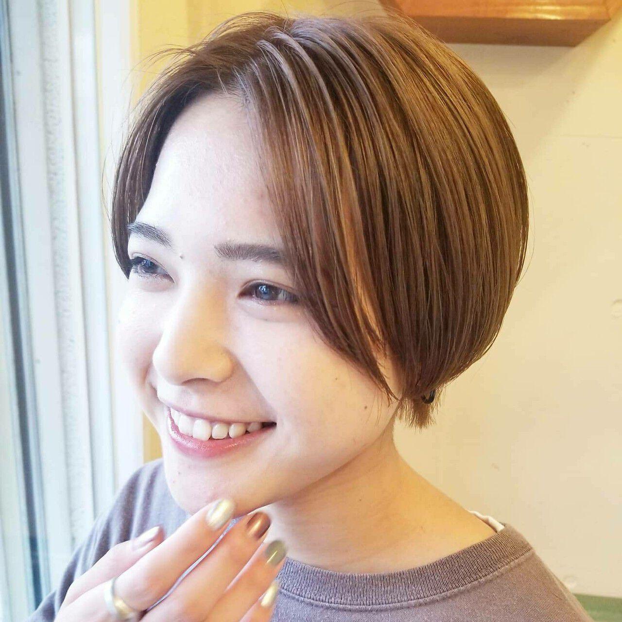 アディクシーカラー ダブルカラー ベージュカラー ナチュラルヘアスタイルや髪型の写真・画像