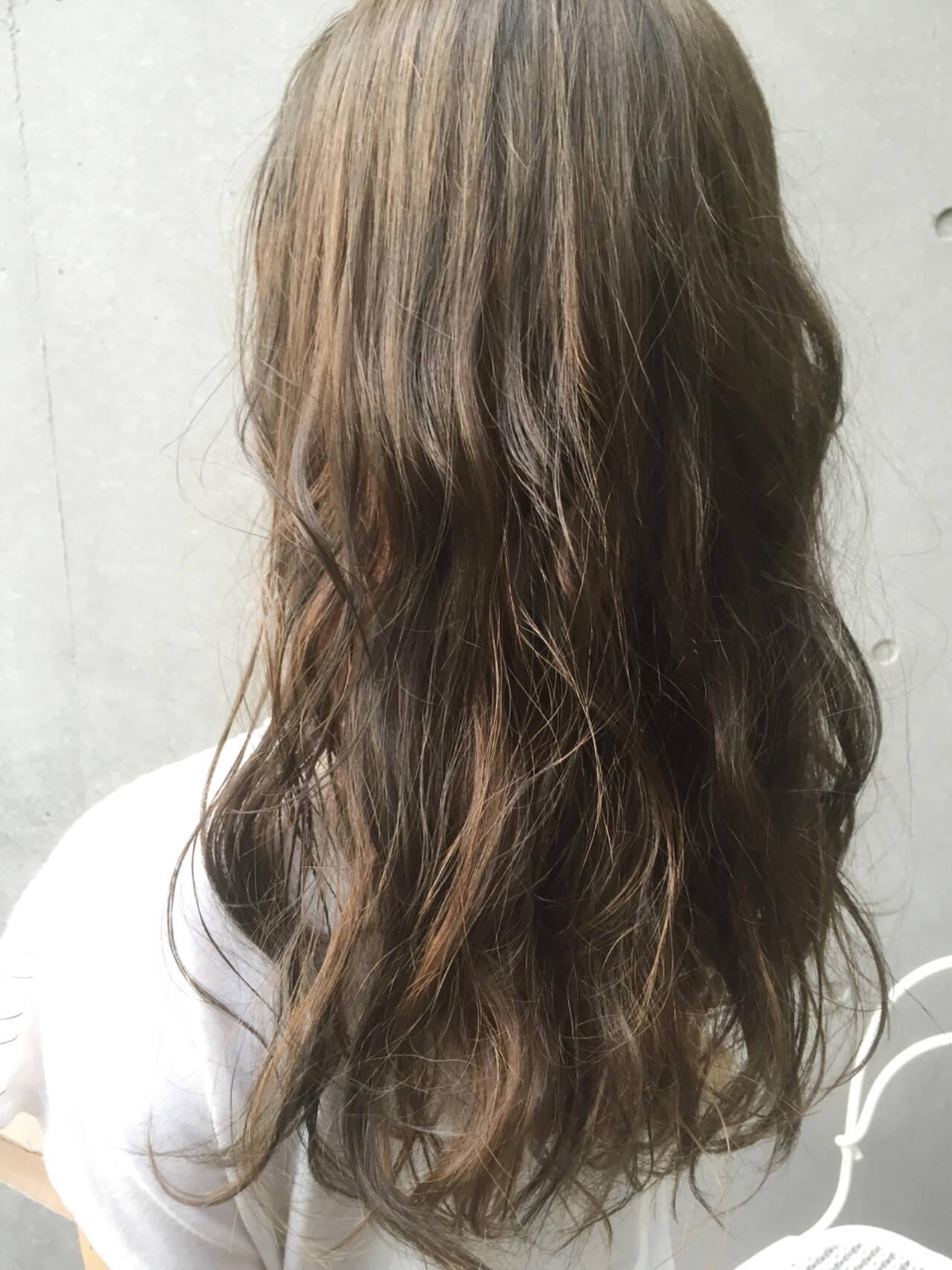 ハイライト ロング ストリート パーマヘアスタイルや髪型の写真・画像