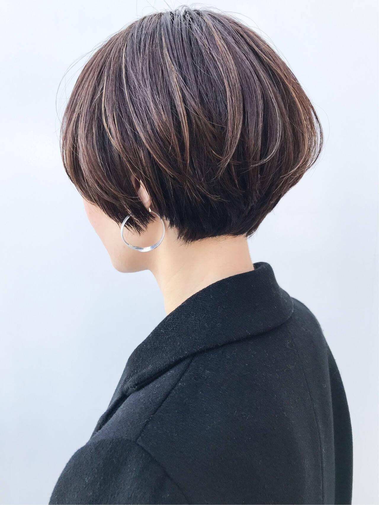 ショートボブ コンサバ ナチュラル ハイライトヘアスタイルや髪型の写真・画像