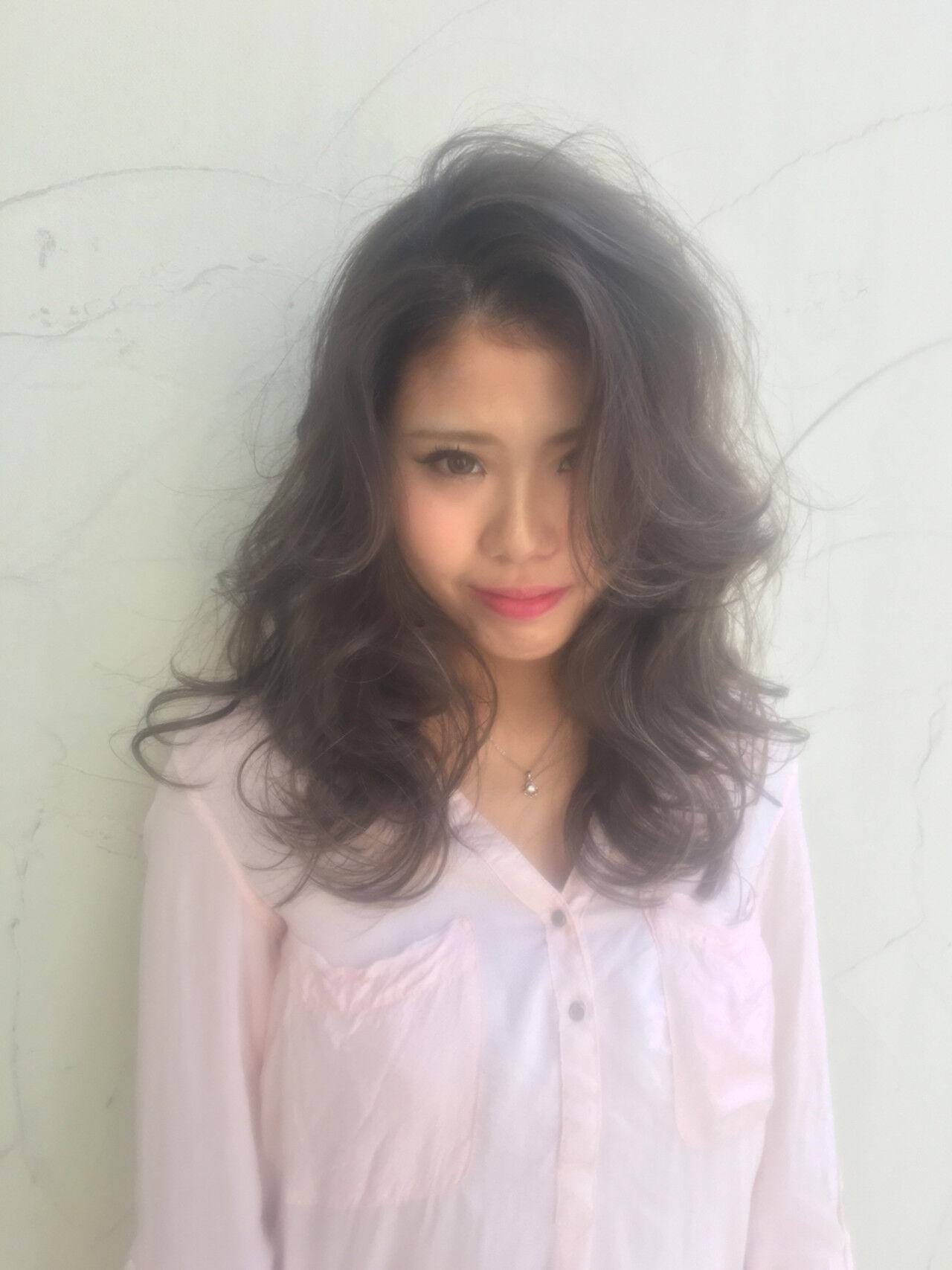 外国人風 セミロング 渋谷系 ハイライトヘアスタイルや髪型の写真・画像