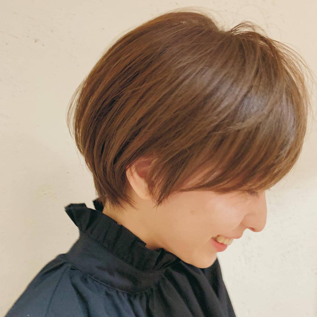 ベリーショート ミニボブ ショートヘア 切りっぱなしボブヘアスタイルや髪型の写真・画像