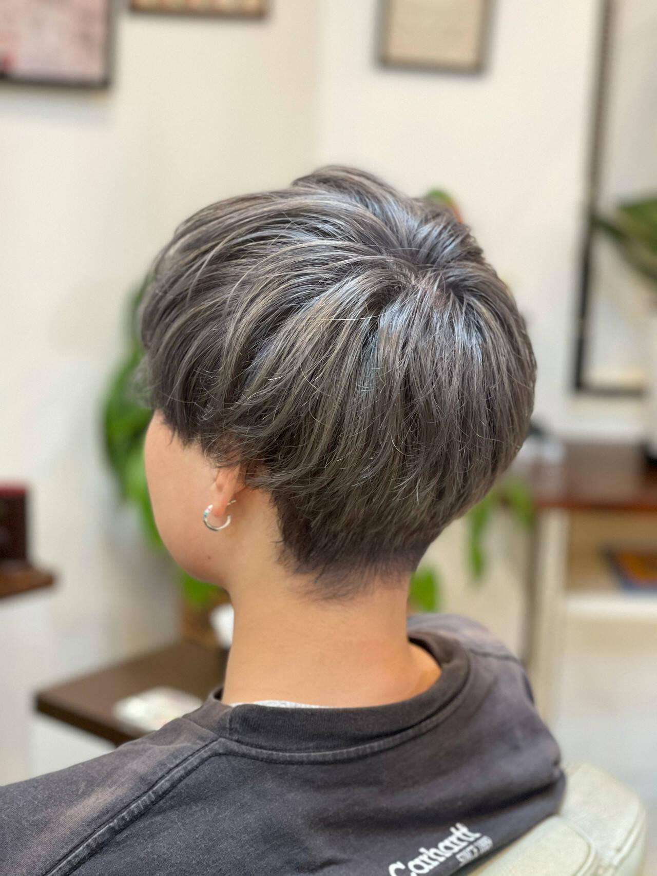 ヘアカラー ハイトーンカラー ブリーチカラー ダブルカラーヘアスタイルや髪型の写真・画像