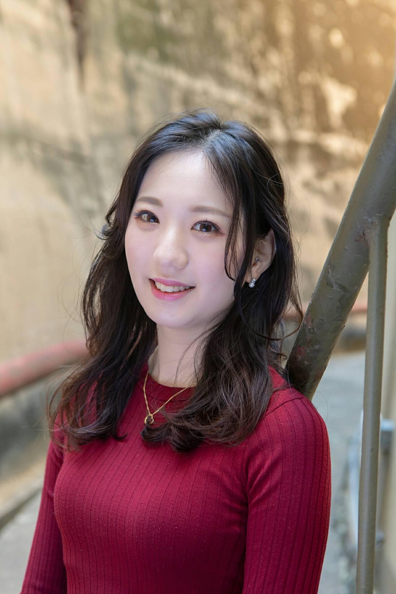 ロング パーマ 韓国ヘア エレガントヘアスタイルや髪型の写真・画像