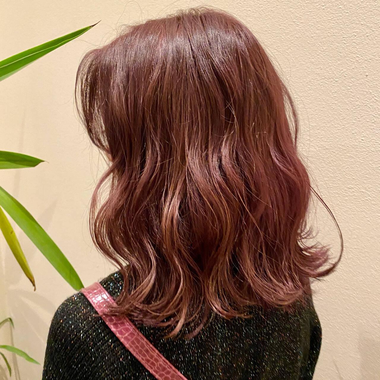 ピンク フェミニン ボブ ピンクベージュヘアスタイルや髪型の写真・画像