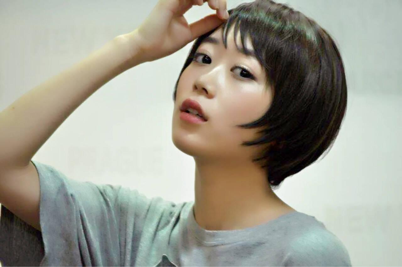 透明感 艶髪 シースルーバング シャギーヘアスタイルや髪型の写真・画像