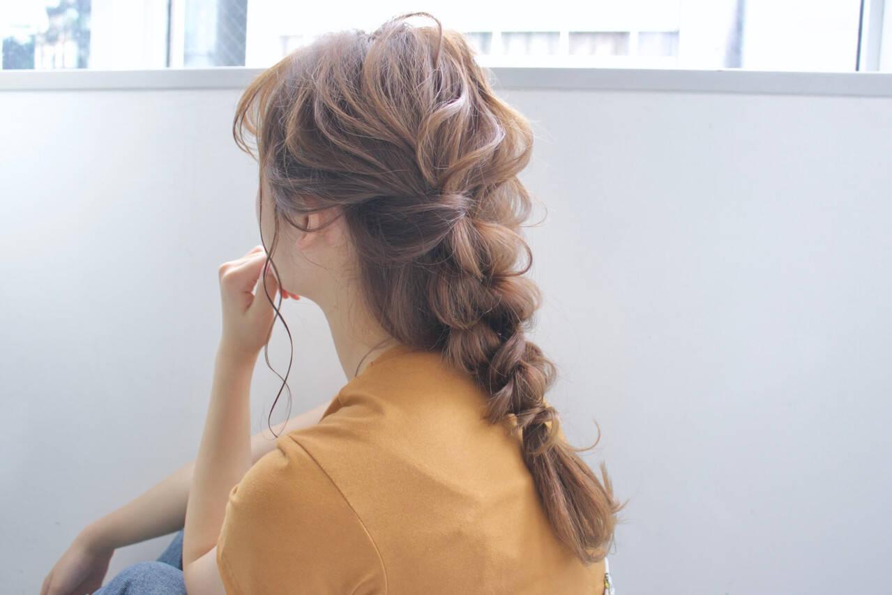 簡単ヘアアレンジ 編みおろし ヘアアレンジ デートヘアスタイルや髪型の写真・画像