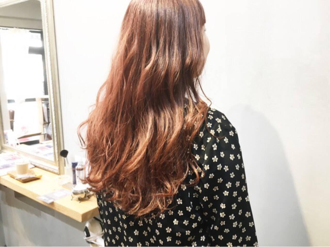 オレンジベージュ ナチュラル オレンジ オレンジカラーヘアスタイルや髪型の写真・画像