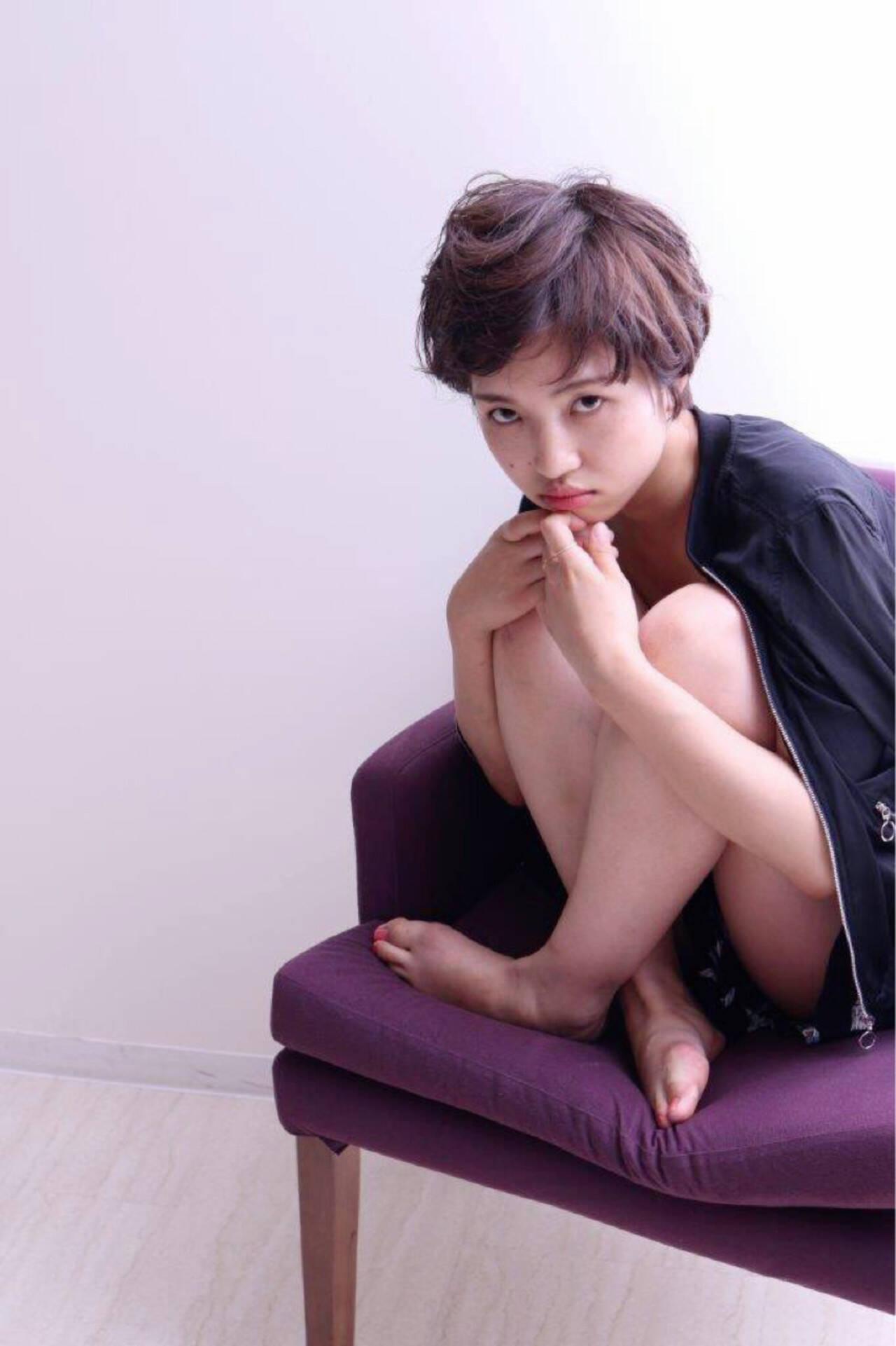パーマ ショート フェミニン ナチュラルヘアスタイルや髪型の写真・画像