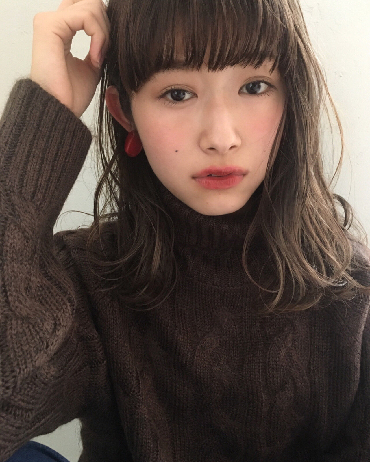デート パーマ ミディアム 簡単ヘアアレンジヘアスタイルや髪型の写真・画像