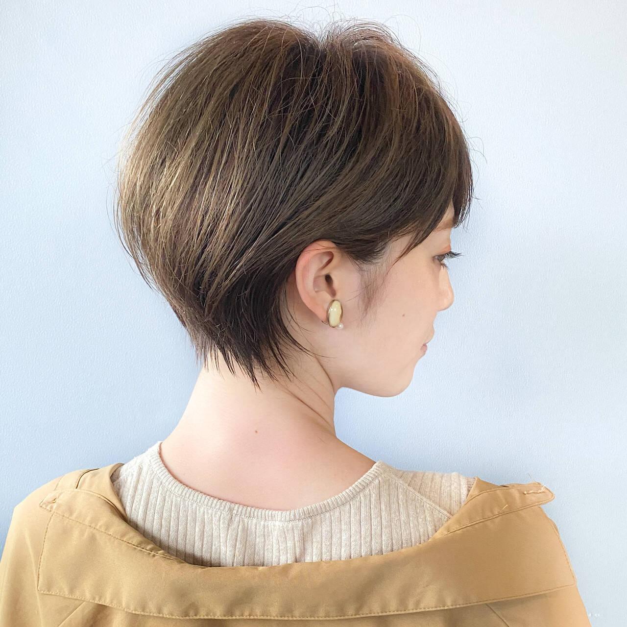 大人ショート 丸みショート ナチュラル ショートボブヘアスタイルや髪型の写真・画像