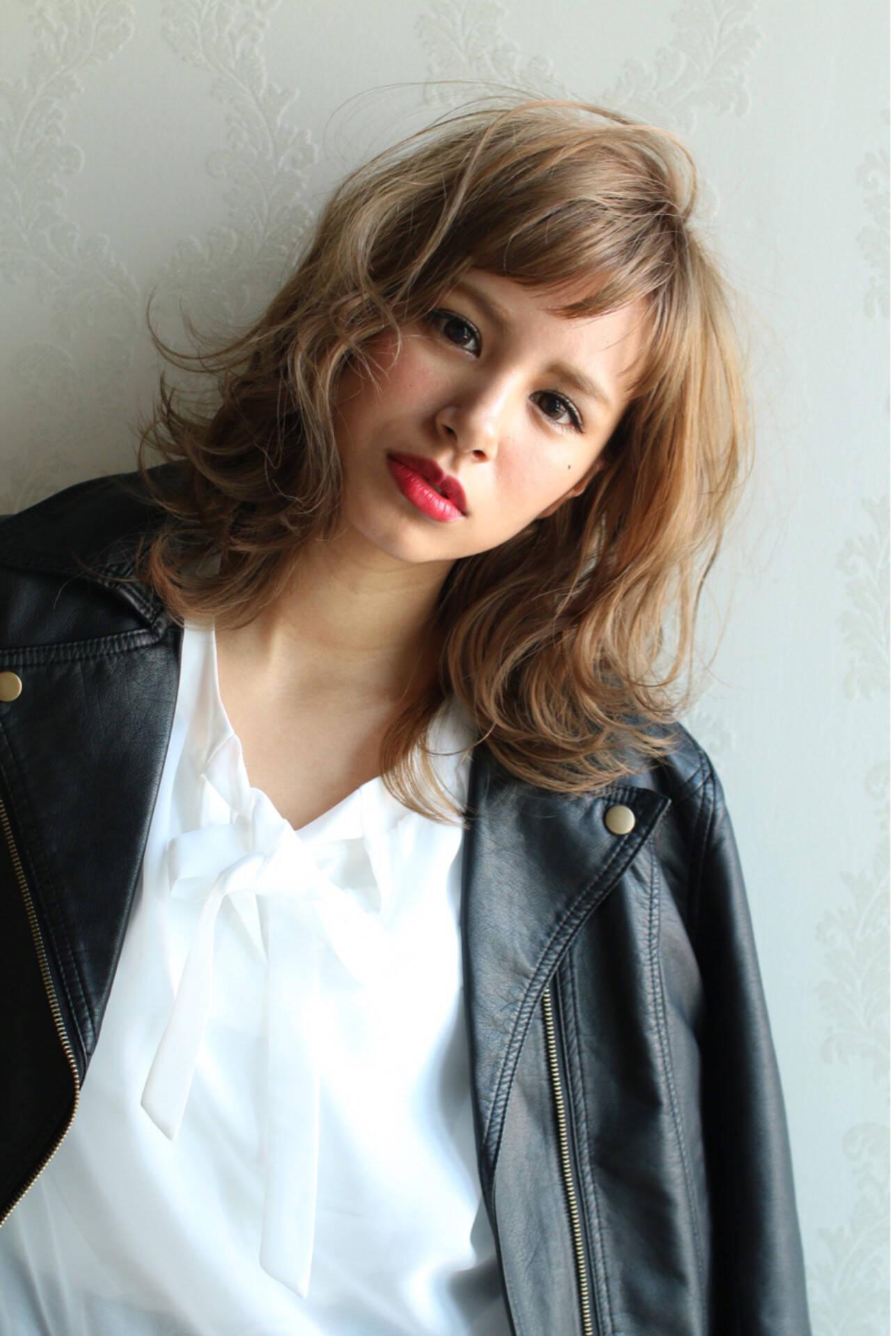 外国人風 ゆるふわ ニュアンス 前髪ありヘアスタイルや髪型の写真・画像