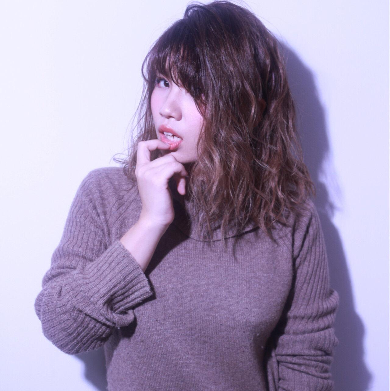 ブラウン かっこいい グラデーションカラー 外国人風ヘアスタイルや髪型の写真・画像