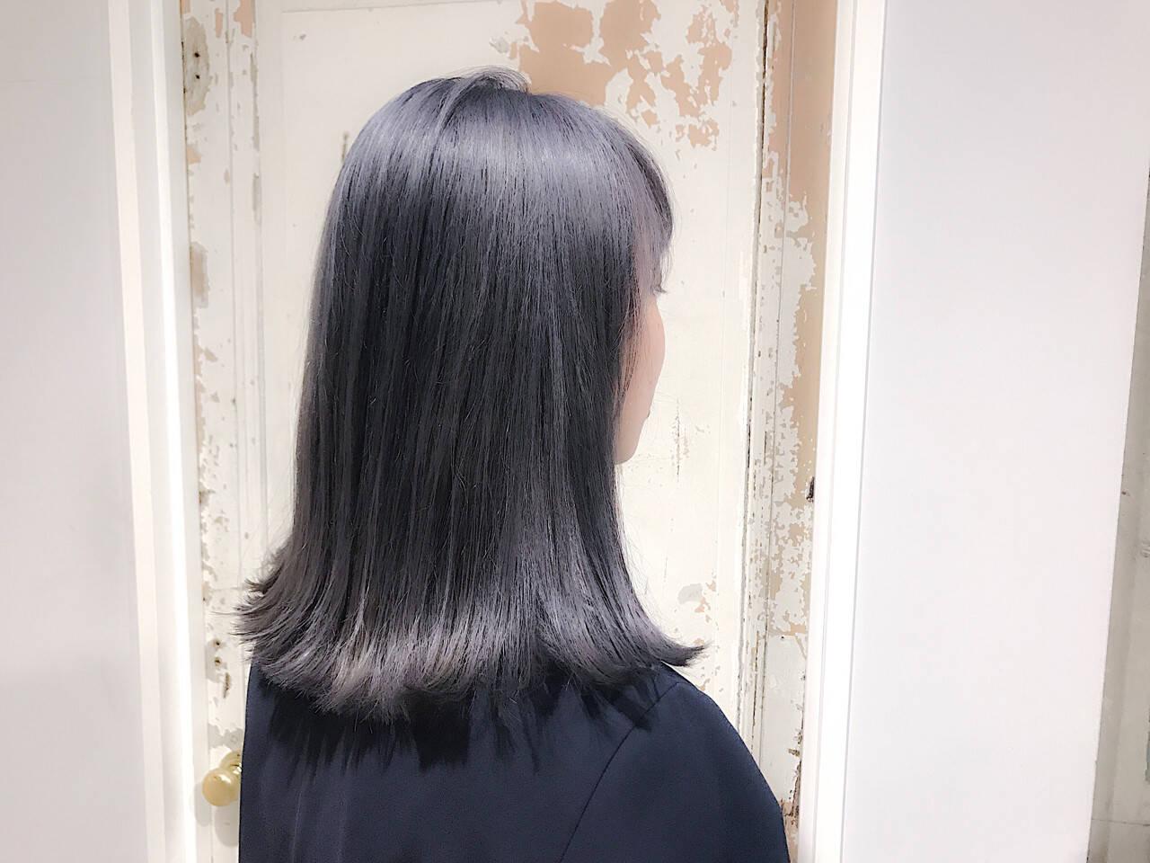 外国人風 ミディアム ハイライト 艶髪ヘアスタイルや髪型の写真・画像