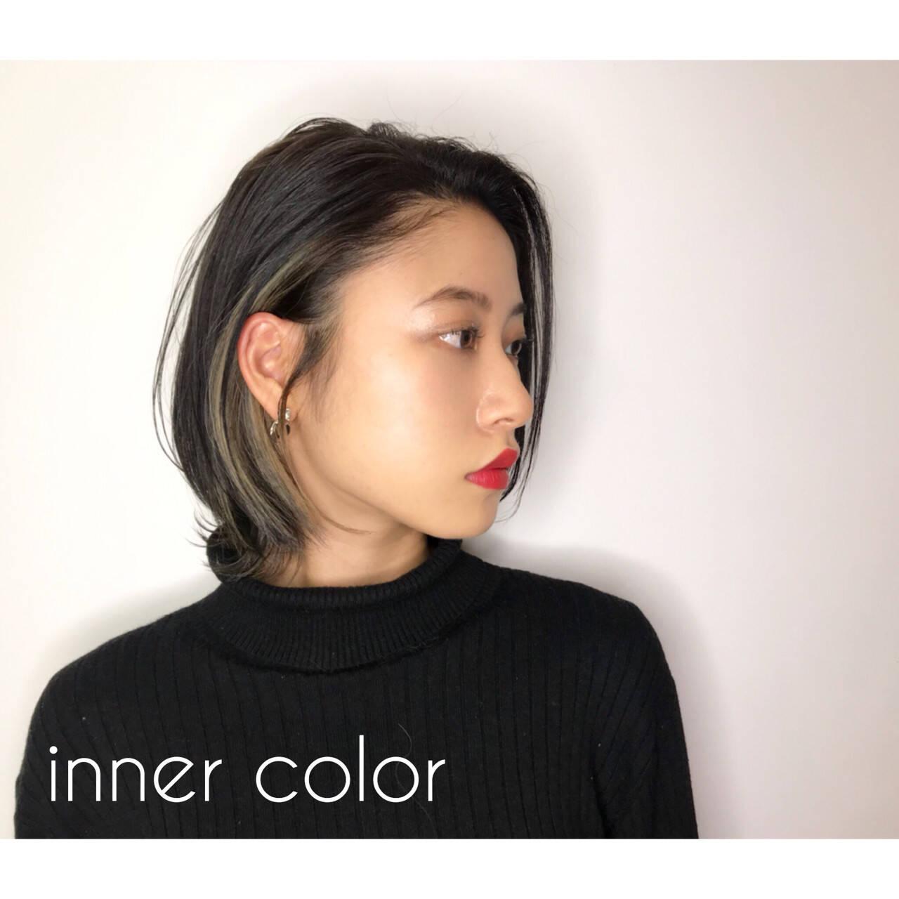 ナチュラル アッシュグレージュ 大人女子 インナーカラーヘアスタイルや髪型の写真・画像