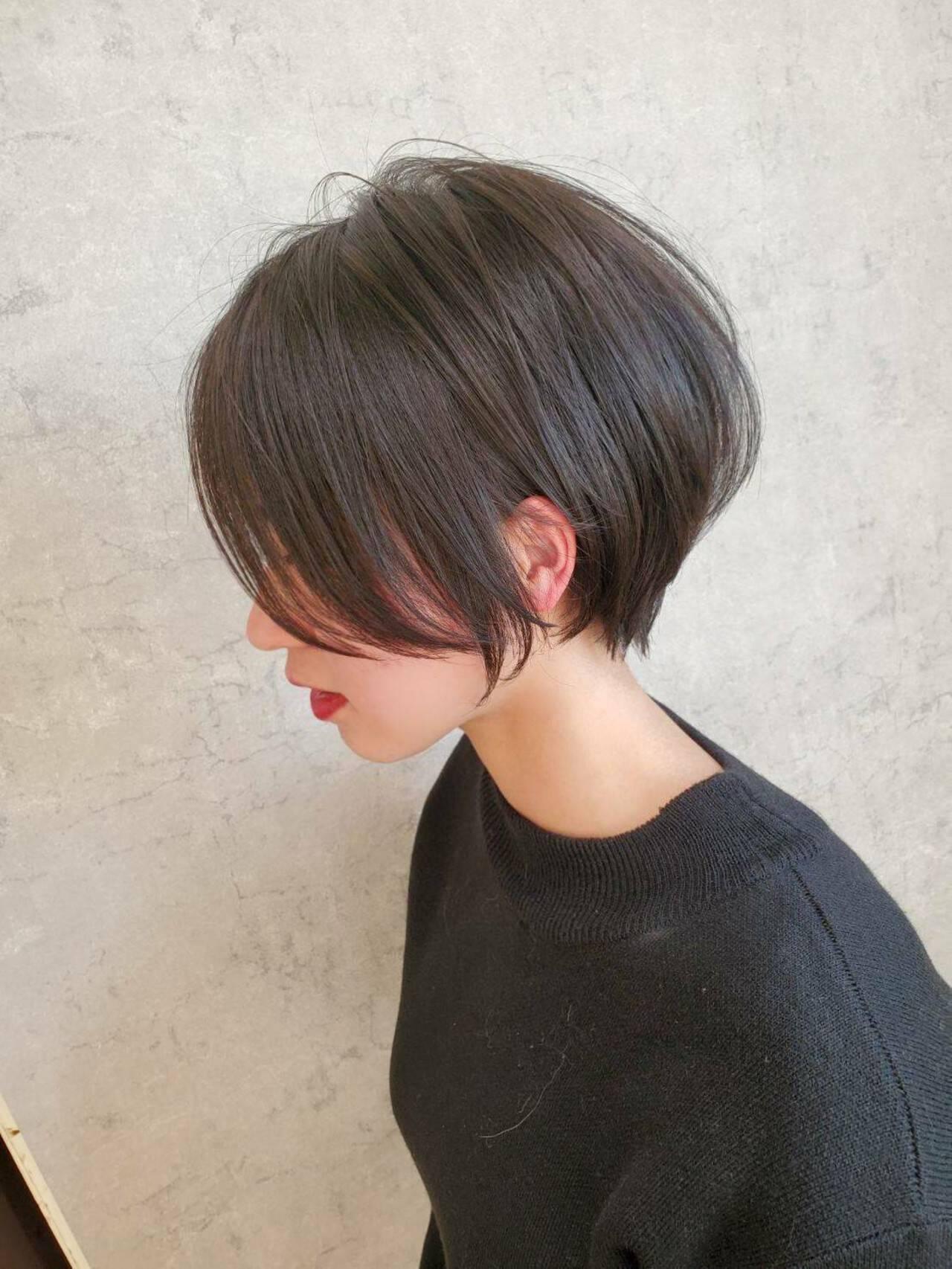 ショートボブ ナチュラル グレージュ ボブヘアスタイルや髪型の写真・画像
