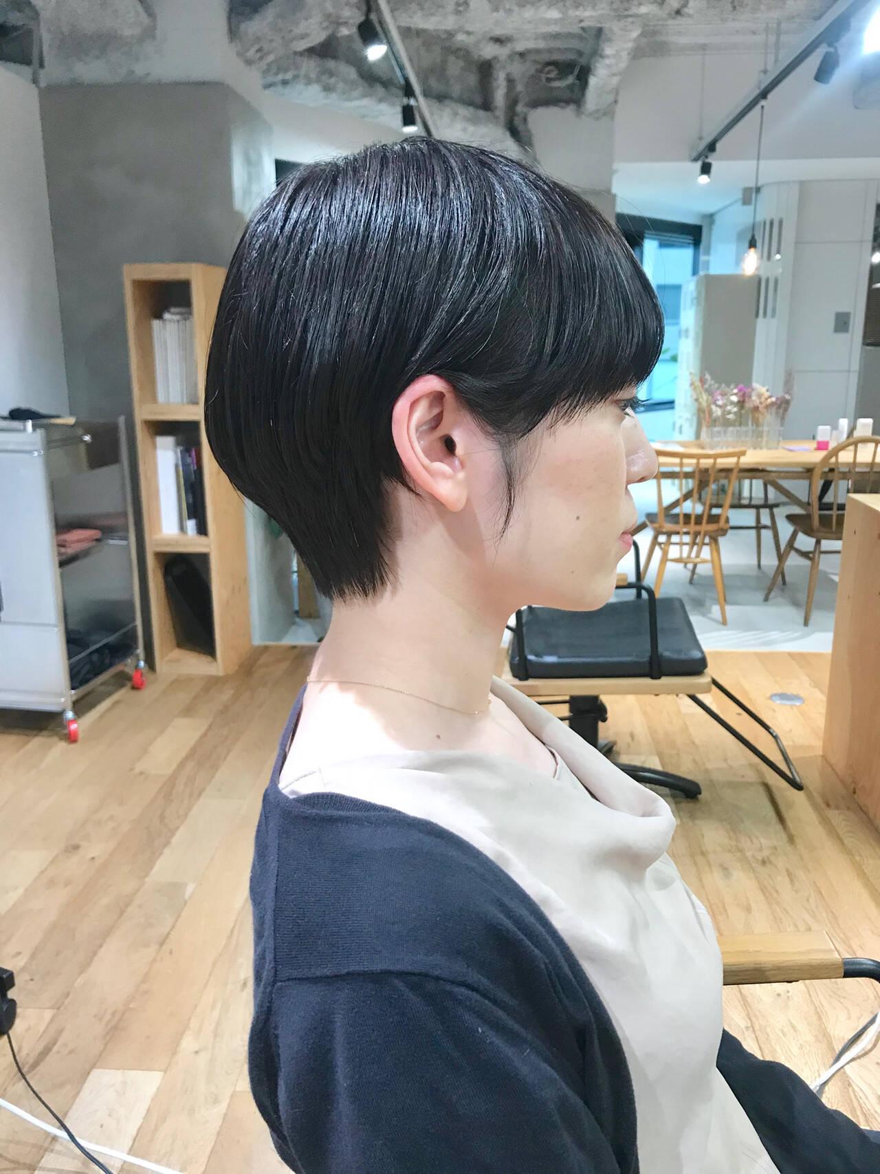 ナチュラル ショートヘア ハンサムショート マッシュショートヘアスタイルや髪型の写真・画像