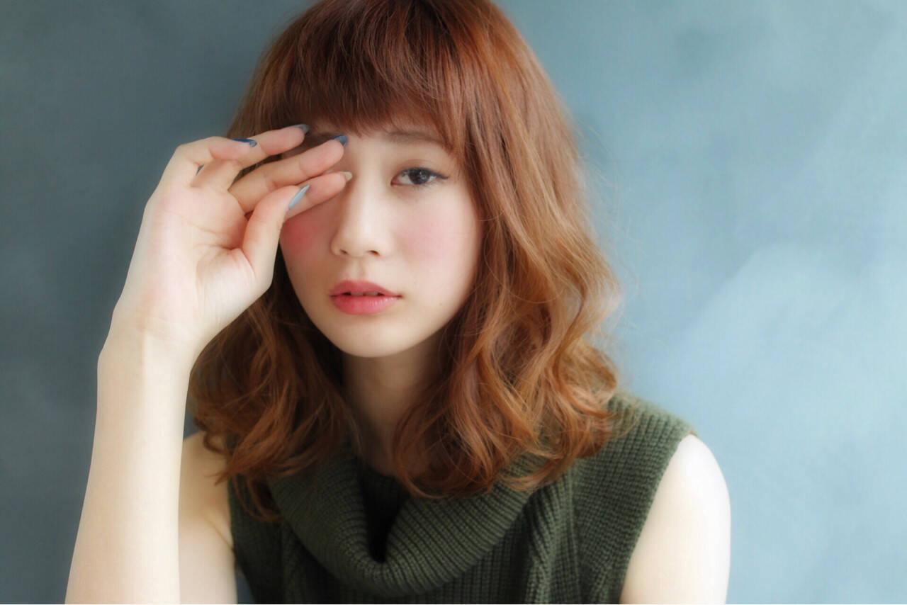 大人かわいい 前髪あり 外国人風 アッシュヘアスタイルや髪型の写真・画像