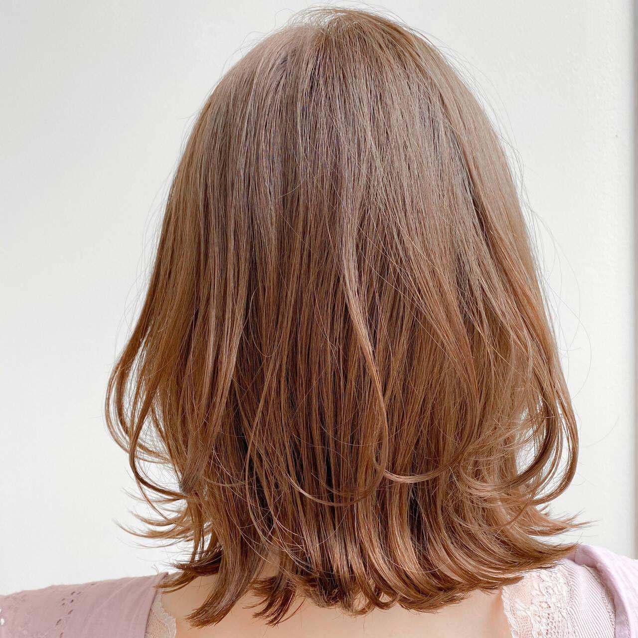ナチュラル 愛され 大人可愛い デジタルパーマヘアスタイルや髪型の写真・画像