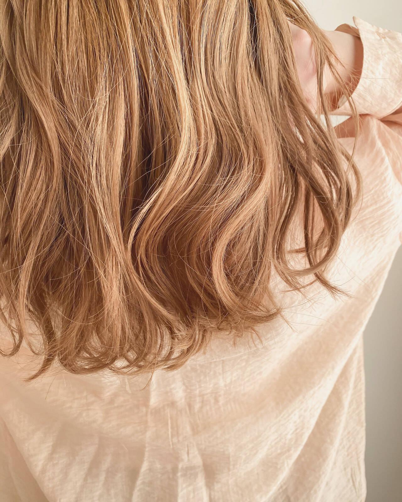 結婚式 こなれ感 ミニボブ インナーカラーヘアスタイルや髪型の写真・画像