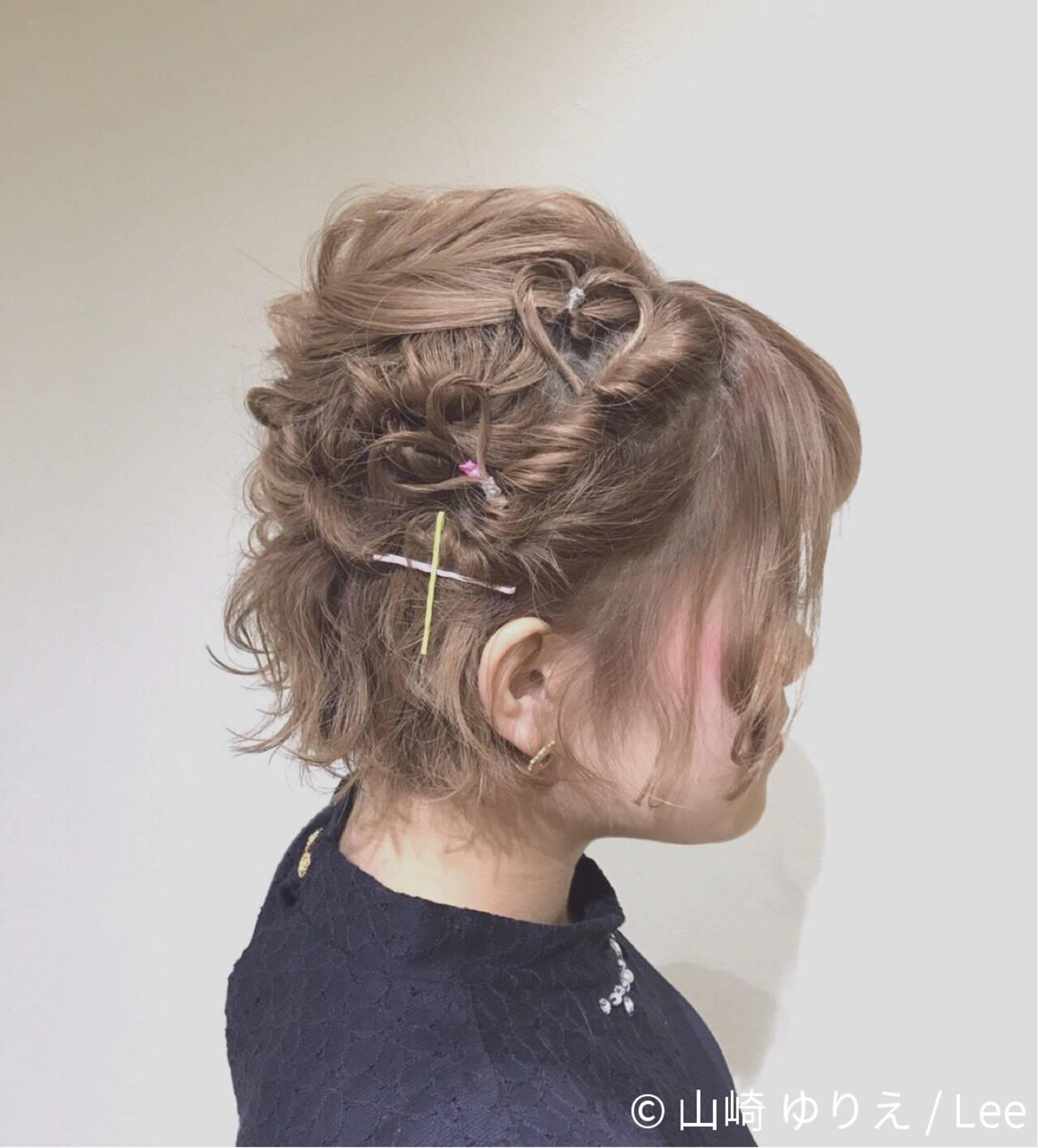デート 簡単ヘアアレンジ フェミニン ショートヘアスタイルや髪型の写真・画像