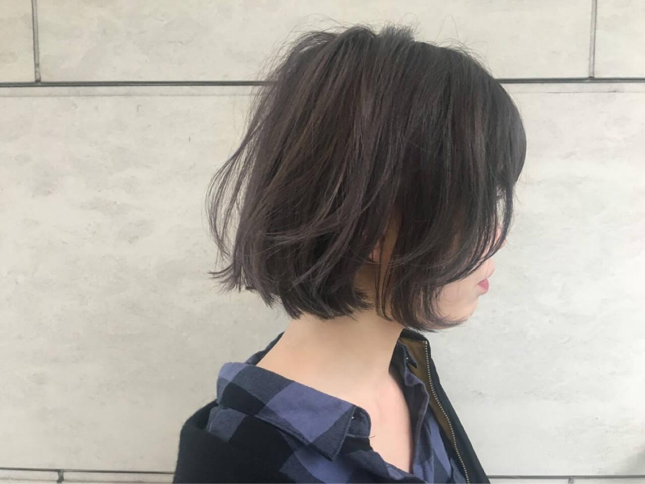 ボブ ニュアンス アッシュ インナーカラーヘアスタイルや髪型の写真・画像