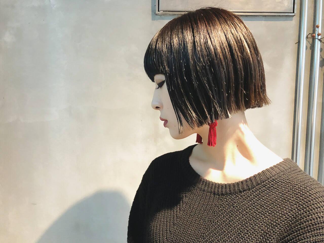 ストリート ボブ ブルーブラック ミニボブヘアスタイルや髪型の写真・画像