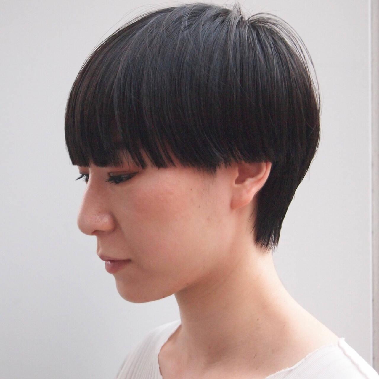 ショートヘア ワイドバング モード マッシュウルフヘアスタイルや髪型の写真・画像