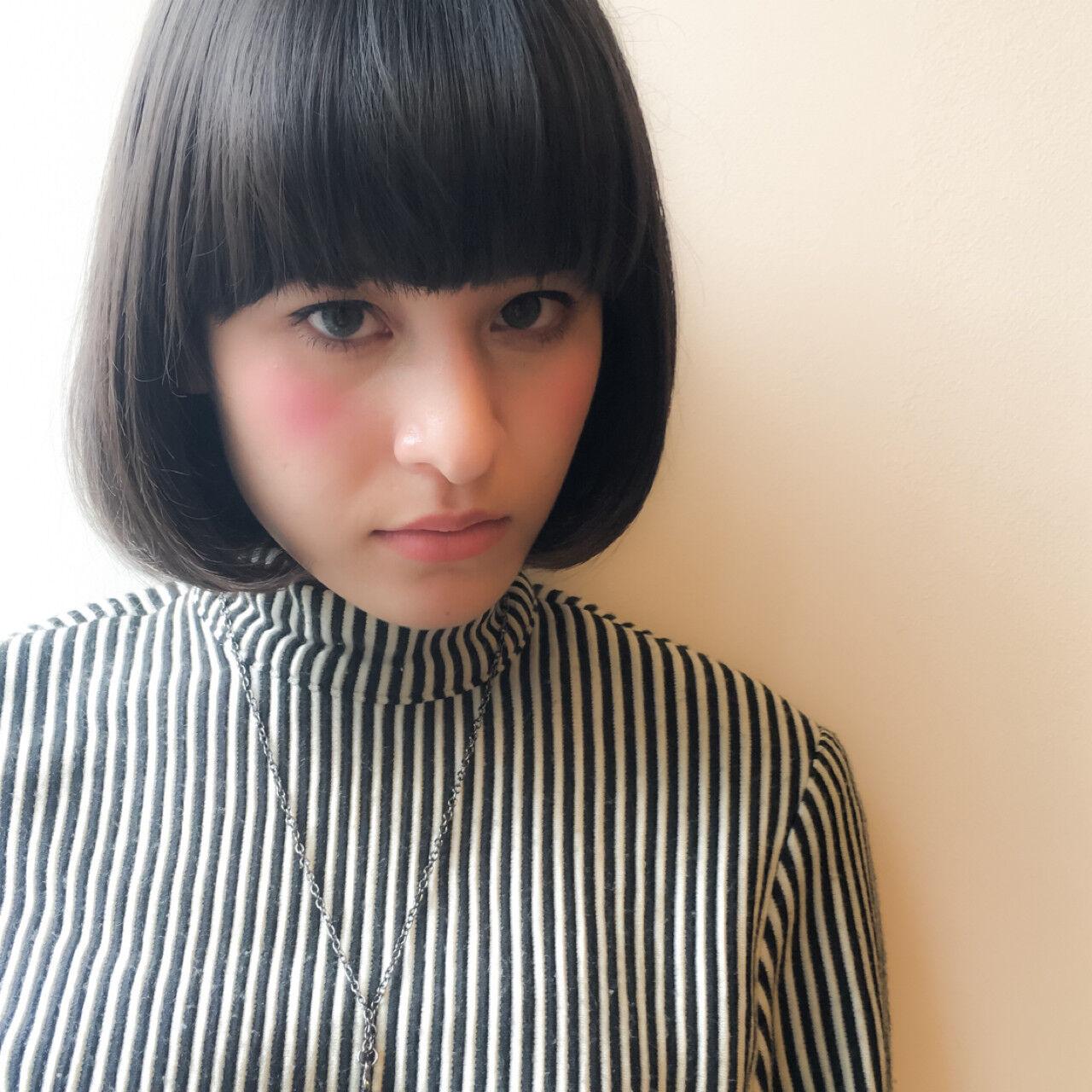 外国人風 暗髪 ワンレングス 透明感ヘアスタイルや髪型の写真・画像