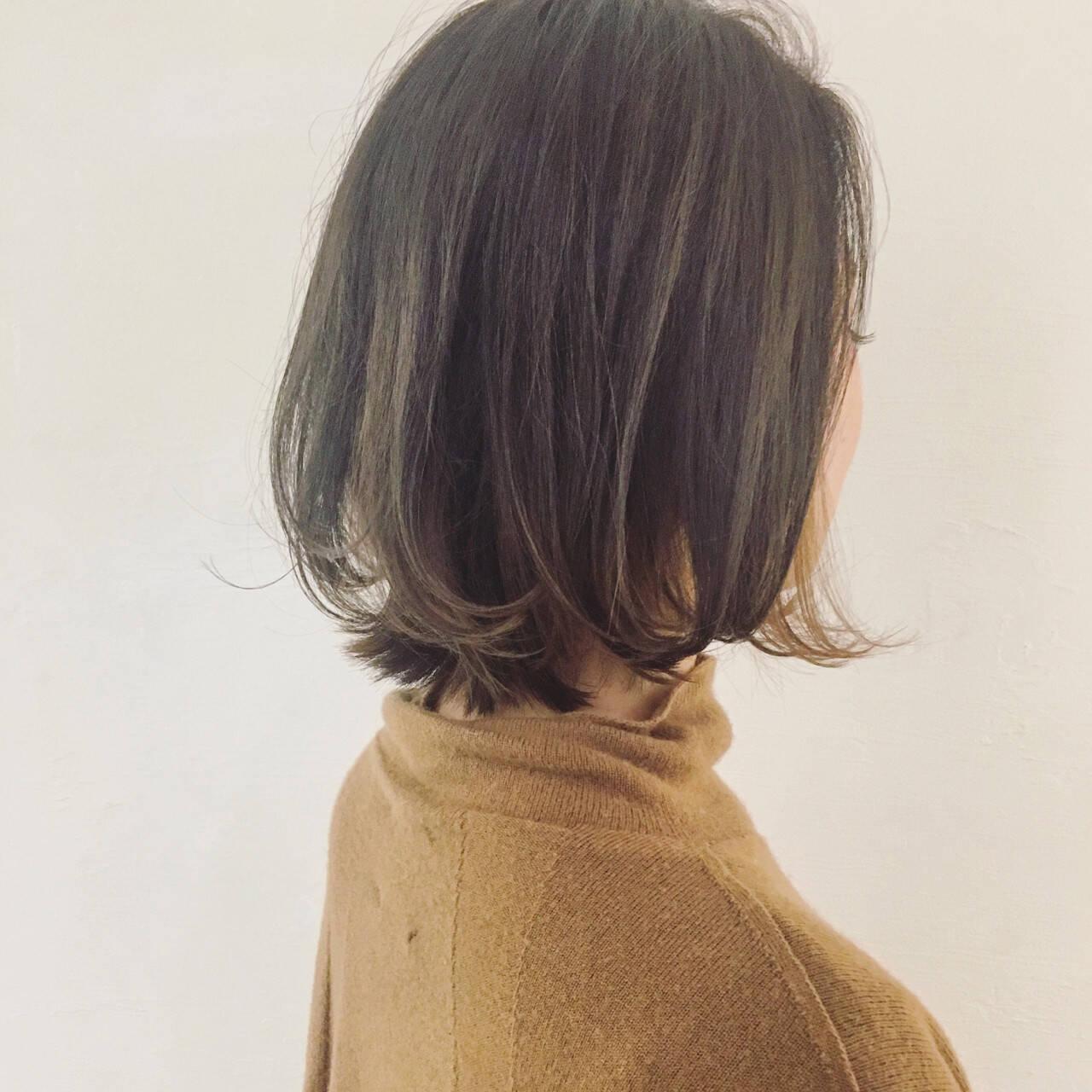 インナーカラー イルミナカラー 外国人風 外ハネヘアスタイルや髪型の写真・画像
