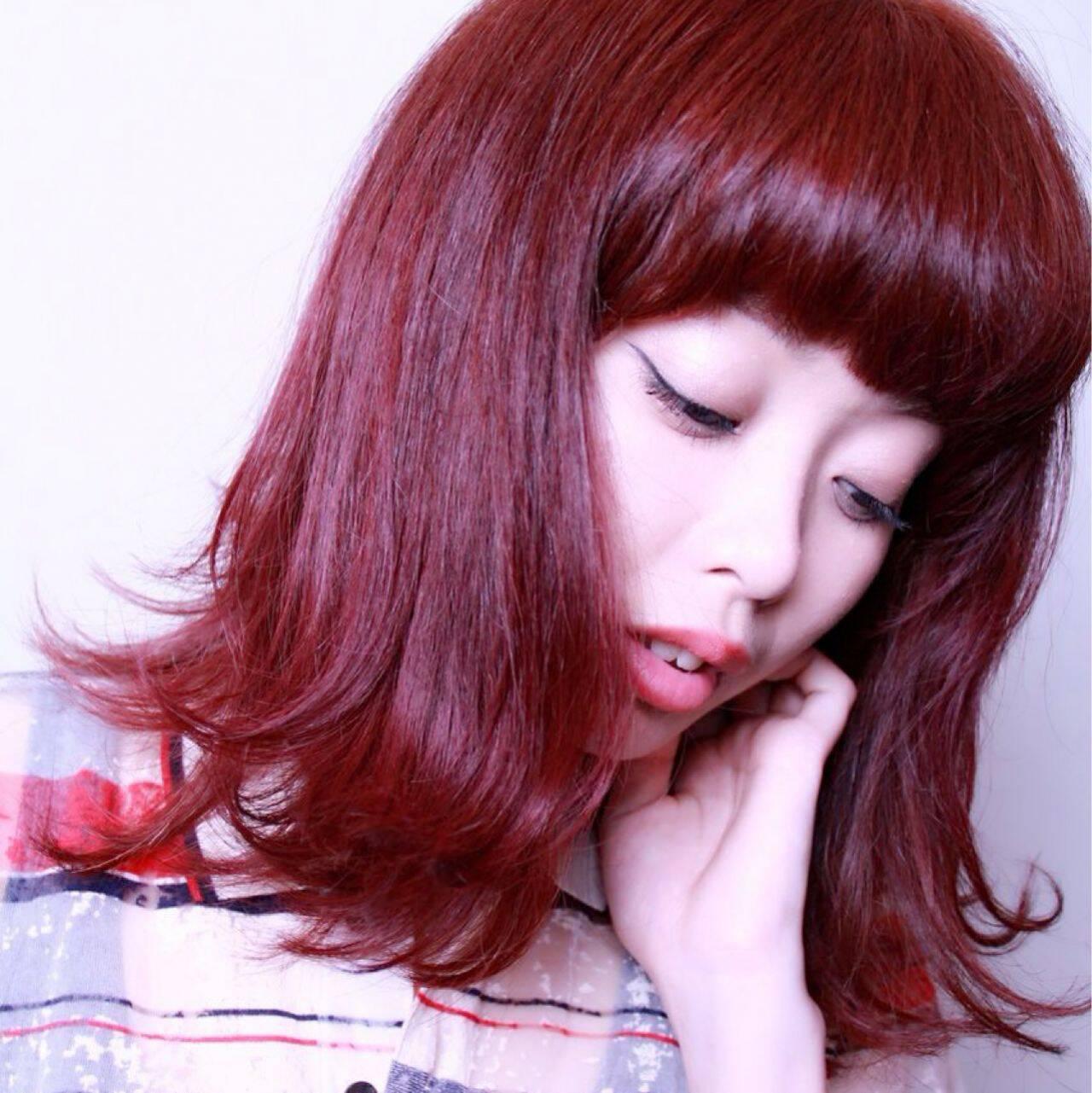 ピンク ストリート レッド ガーリーヘアスタイルや髪型の写真・画像