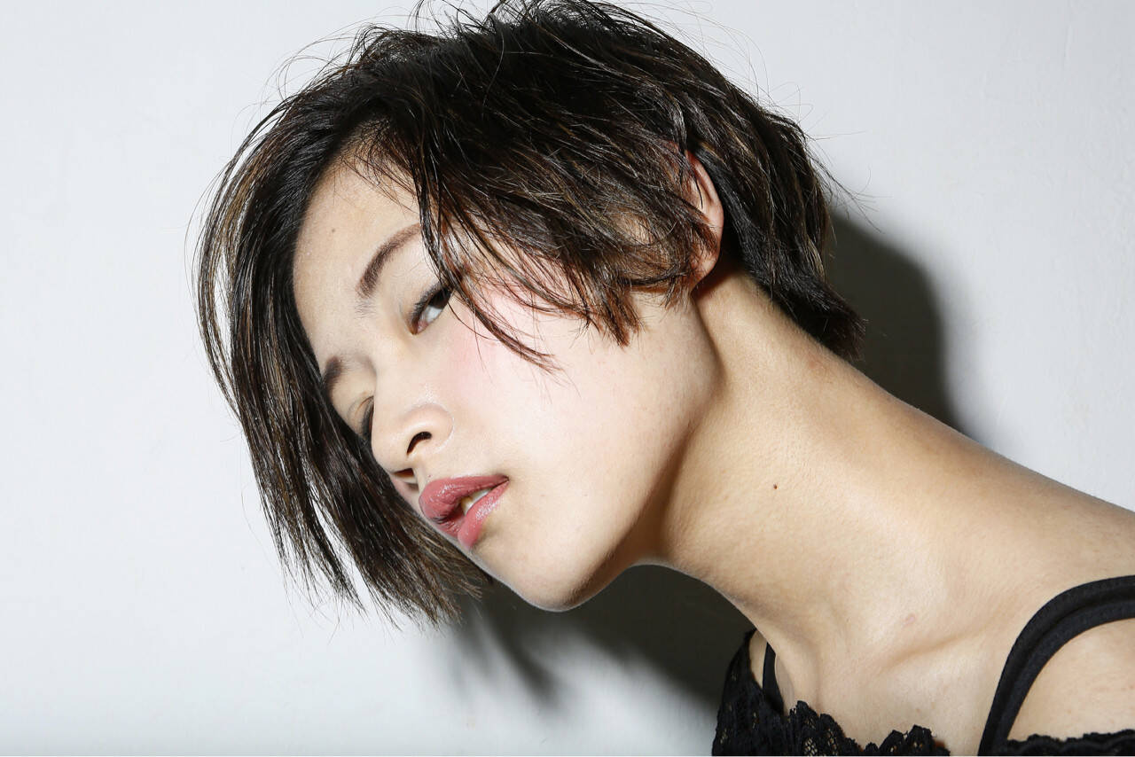 前髪あり 大人かわいい モード 外国人風ヘアスタイルや髪型の写真・画像