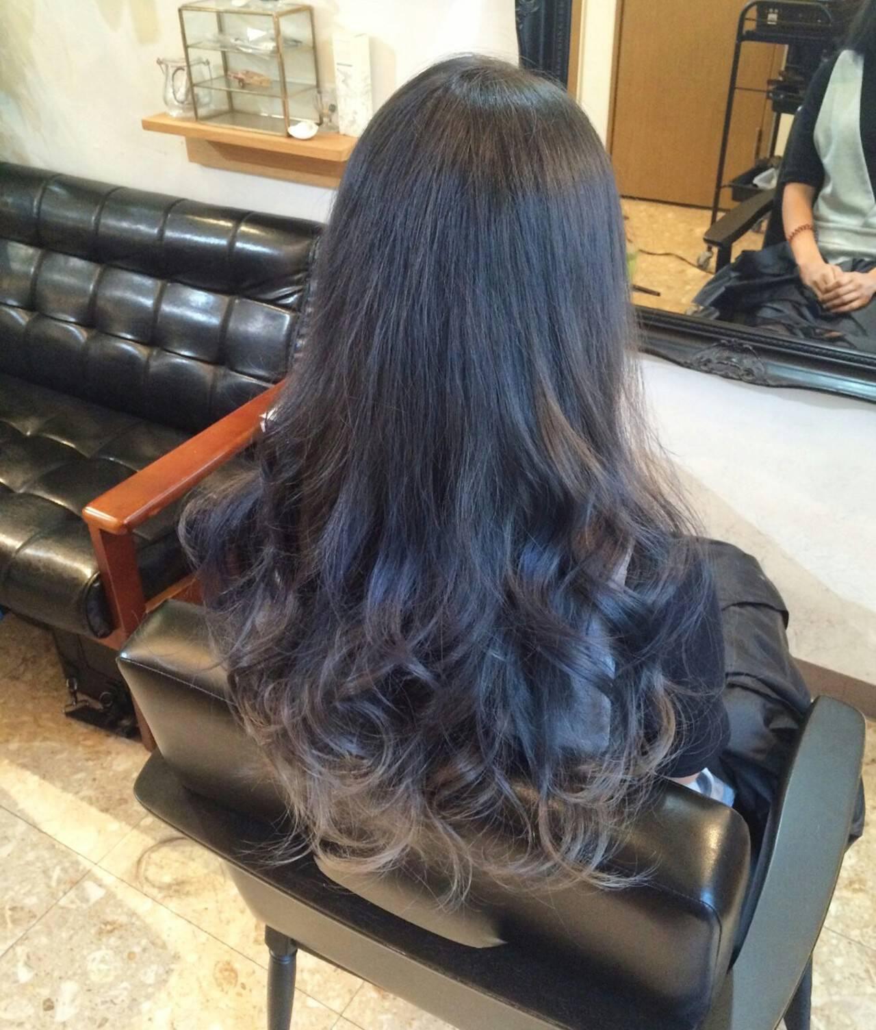 ロング ストリート ブルージュ ダブルカラーヘアスタイルや髪型の写真・画像