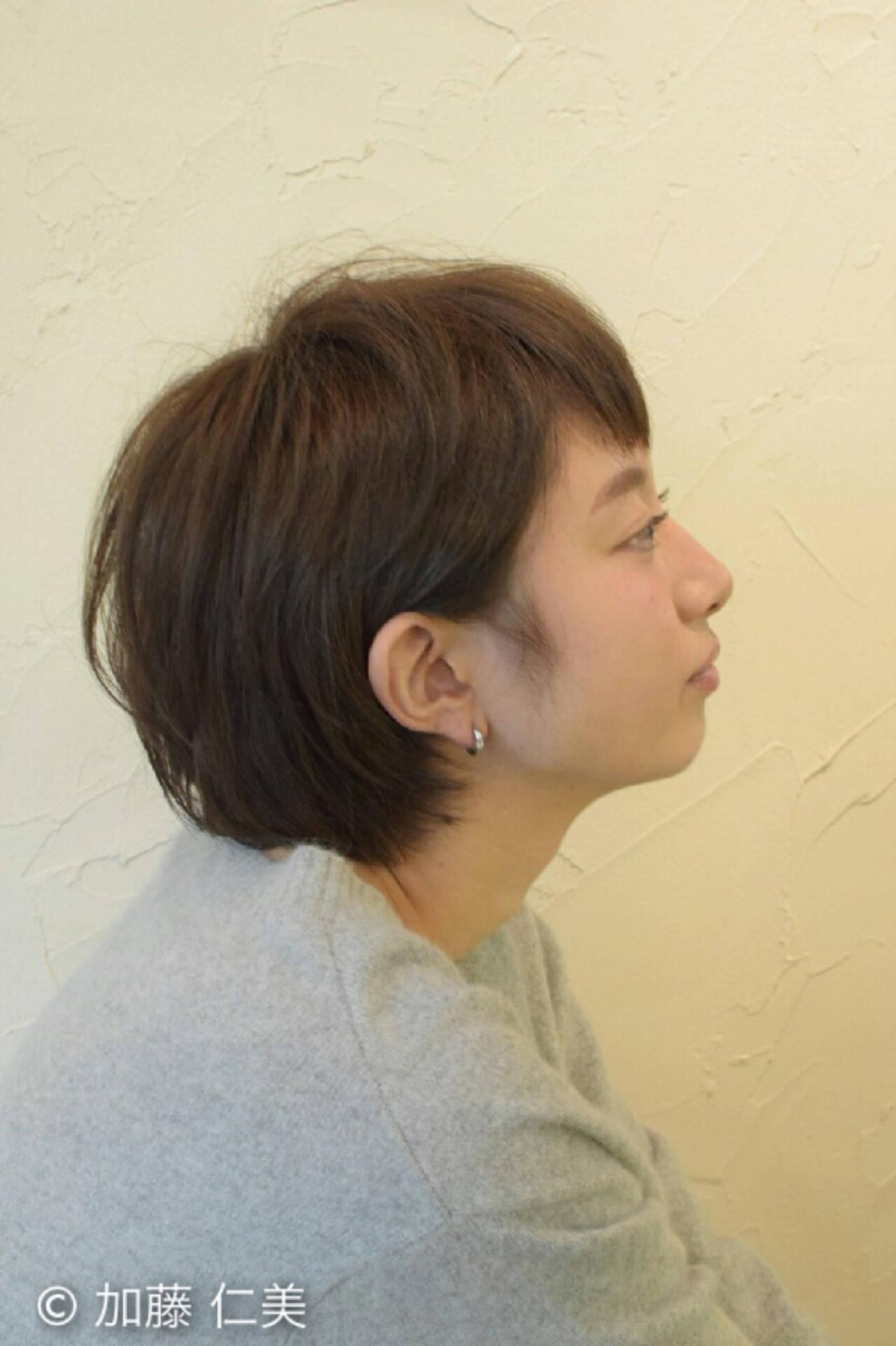 マッシュ 耳かけ ショートバング 小顔ヘアスタイルや髪型の写真・画像
