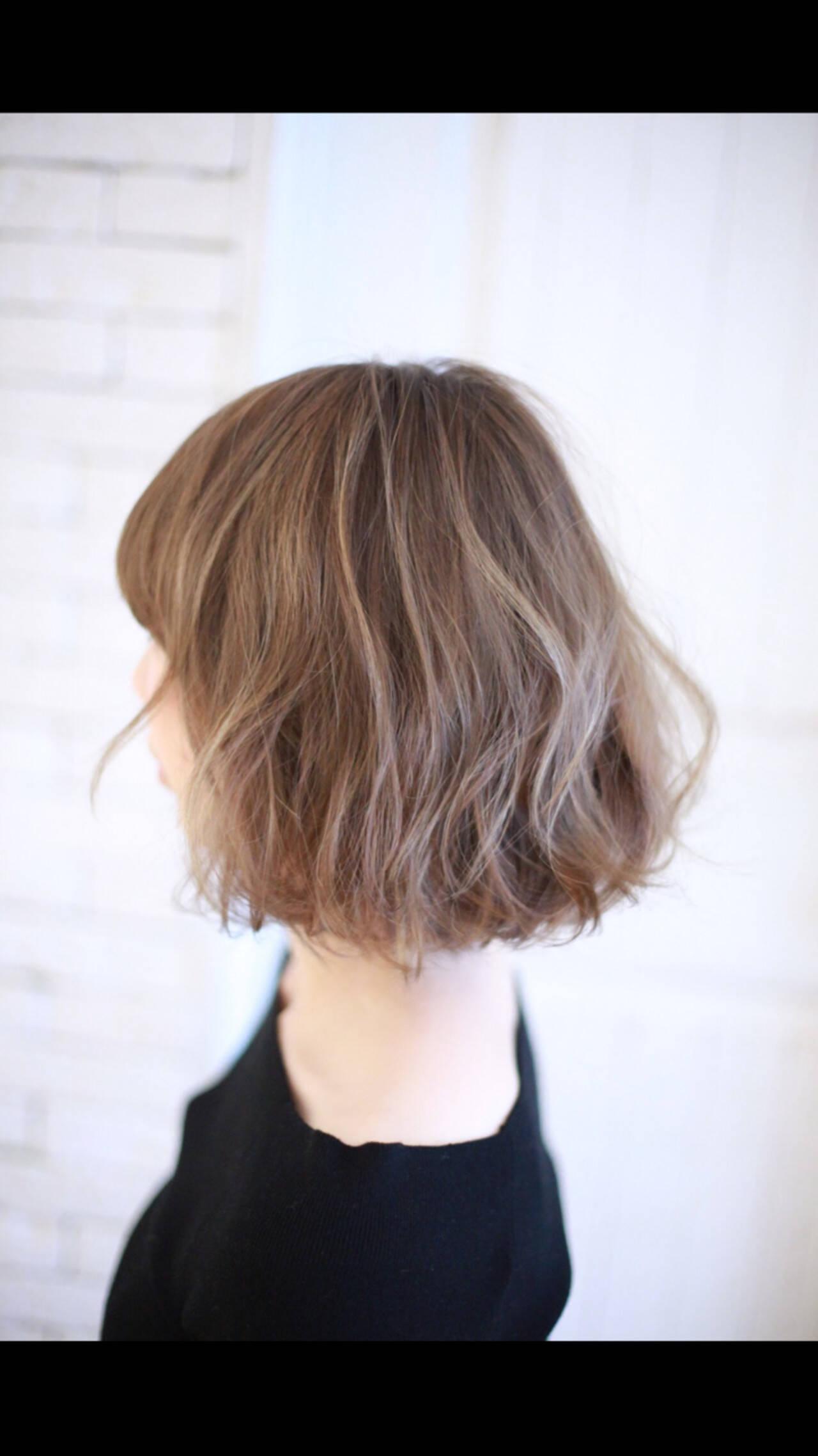 色気 外国人風 ミディアム ゆるふわヘアスタイルや髪型の写真・画像