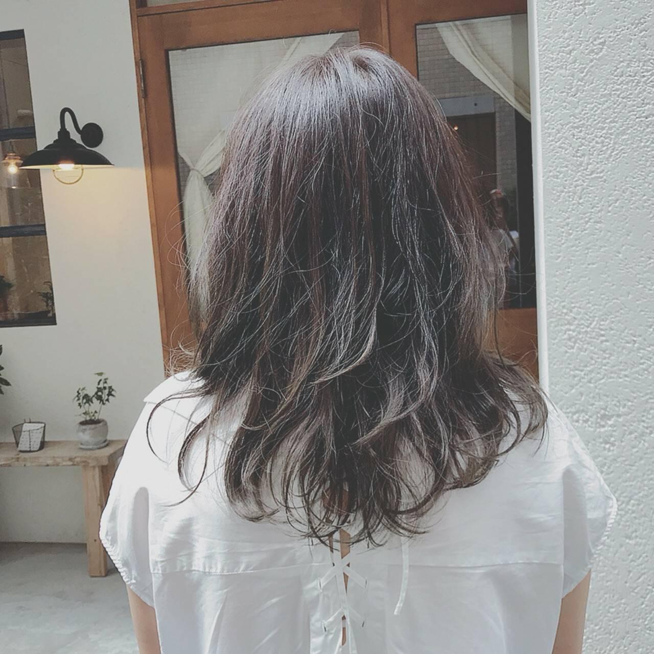 ゆるふわ 大人かわいい 外国人風カラー デートヘアスタイルや髪型の写真・画像