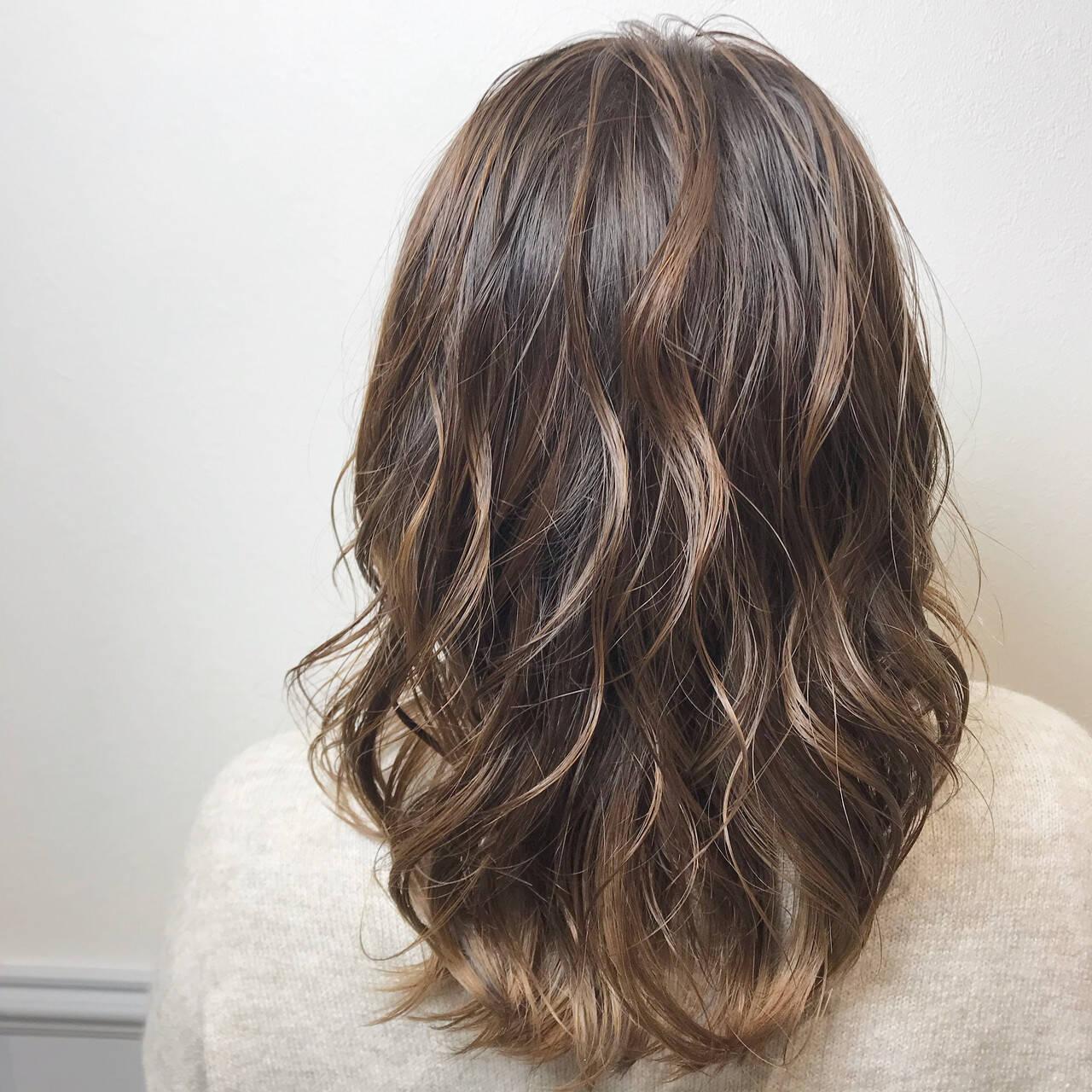 グラデーションカラー フェミニン 透明感カラー お洒落ヘアスタイルや髪型の写真・画像