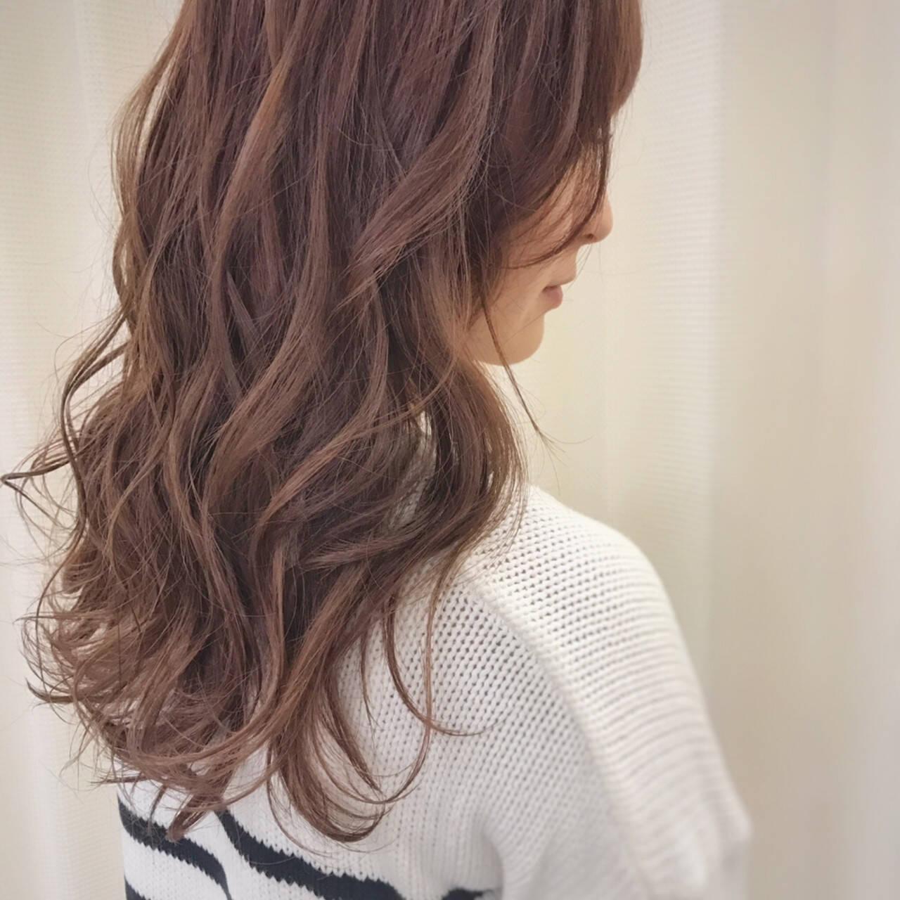 ピンク ウェーブ 冬 ゆるふわヘアスタイルや髪型の写真・画像