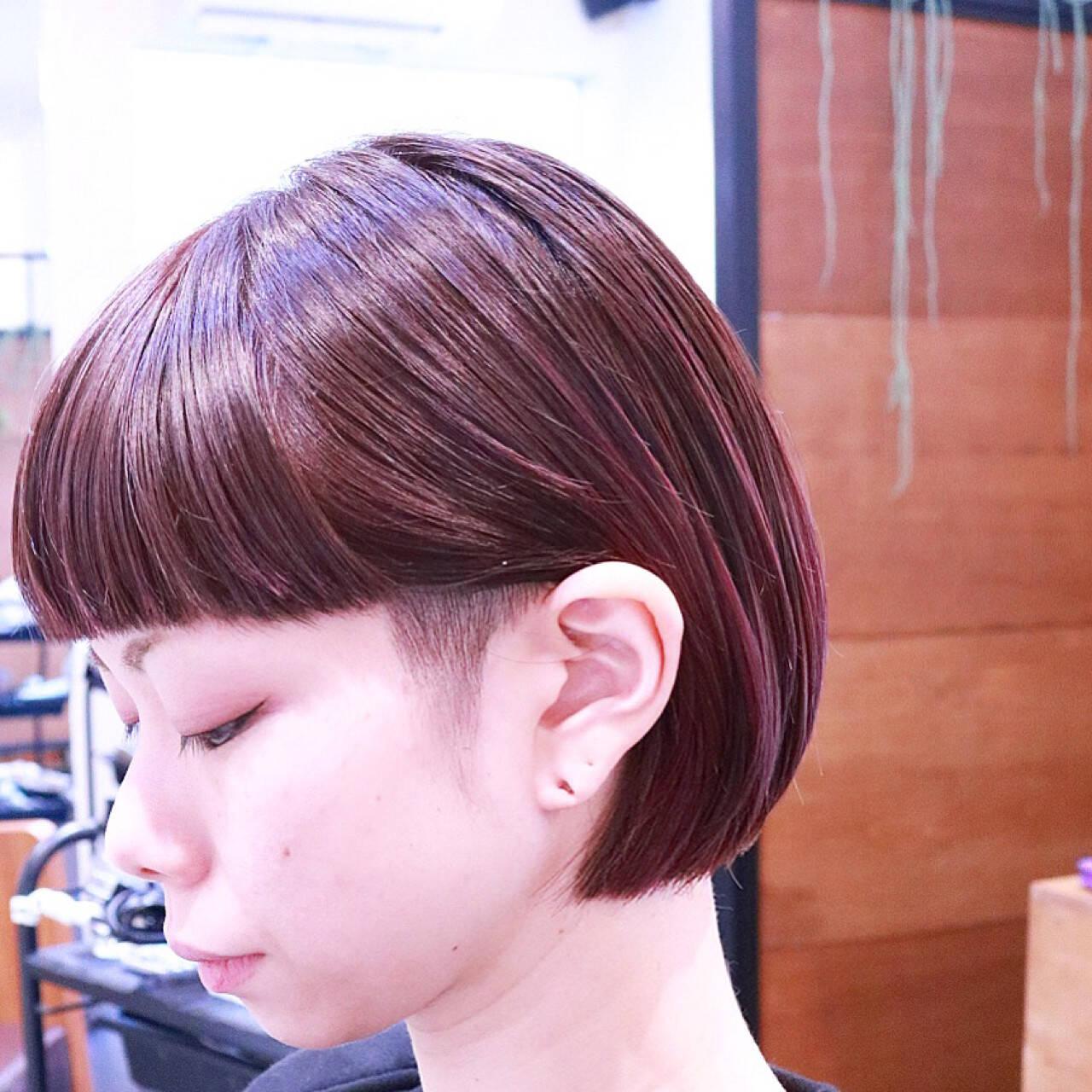 ピンク ボブ モード グラデーションカラーヘアスタイルや髪型の写真・画像
