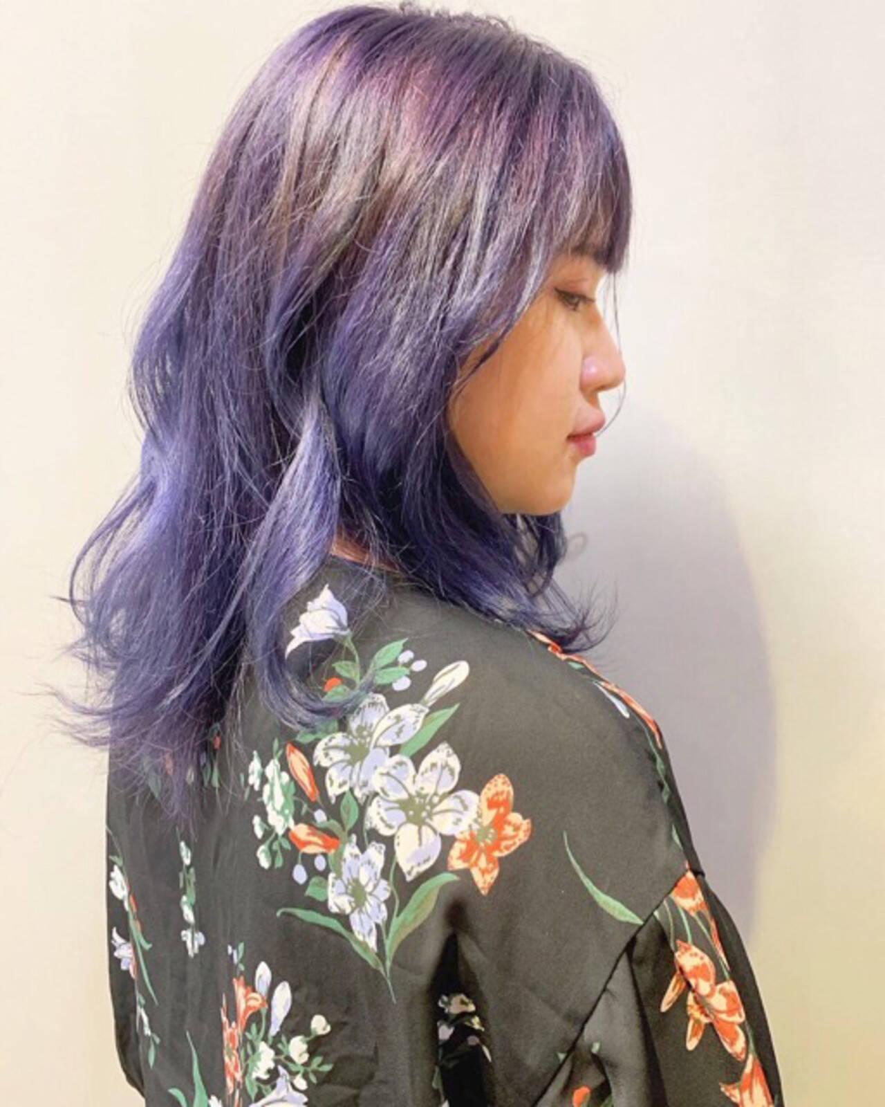ラベンダー ラベンダーピンク ストリート ミディアムヘアスタイルや髪型の写真・画像