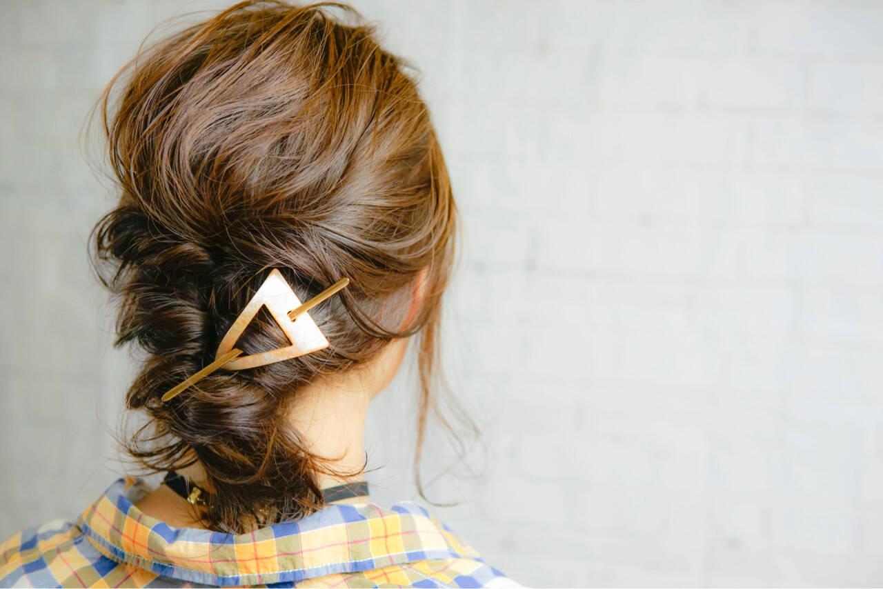 くるりんぱ アッシュ ヘアアレンジ ミディアムヘアスタイルや髪型の写真・画像