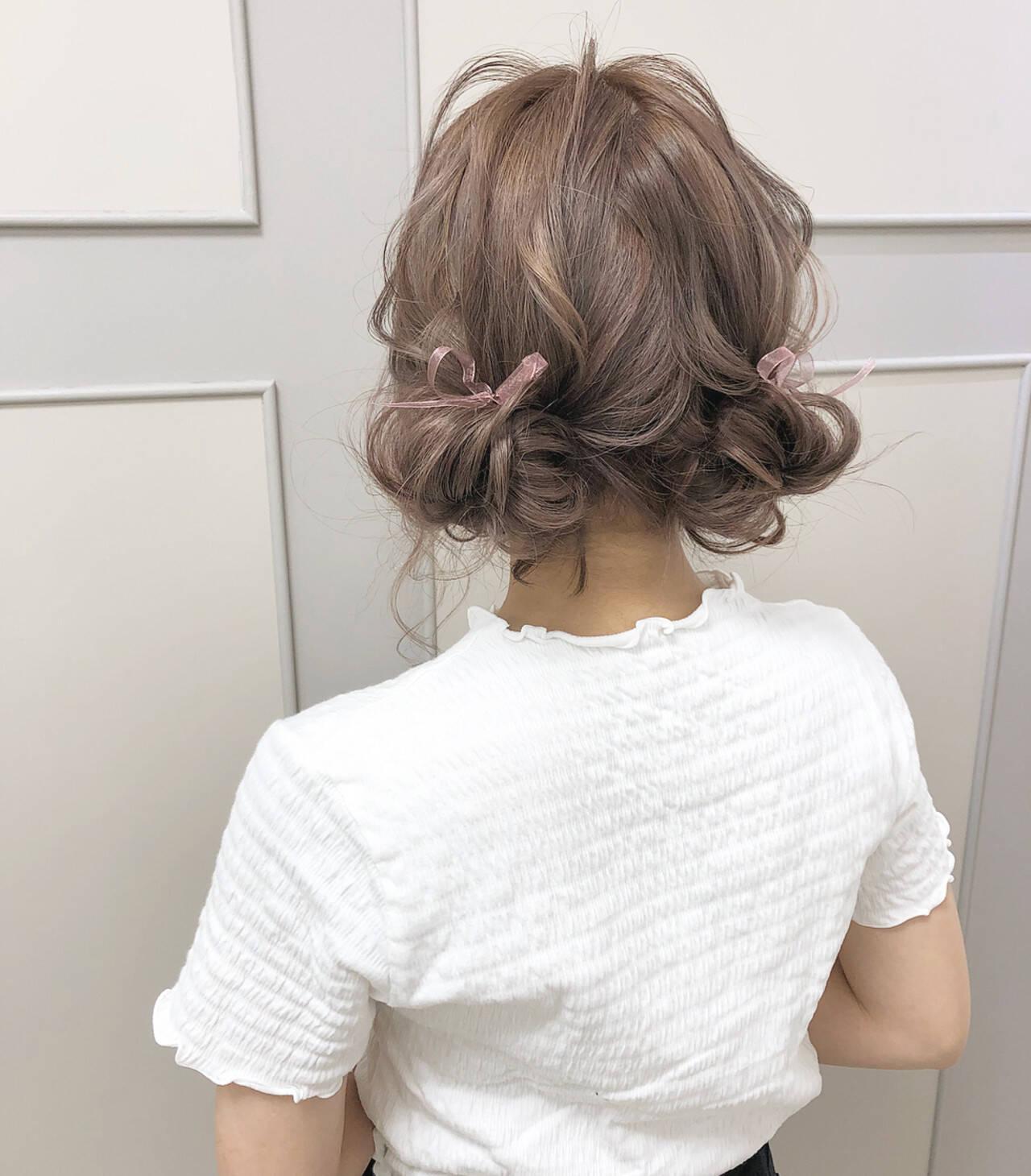 ガーリー ヘアアレンジ ミルクティー ミルクティーベージュヘアスタイルや髪型の写真・画像