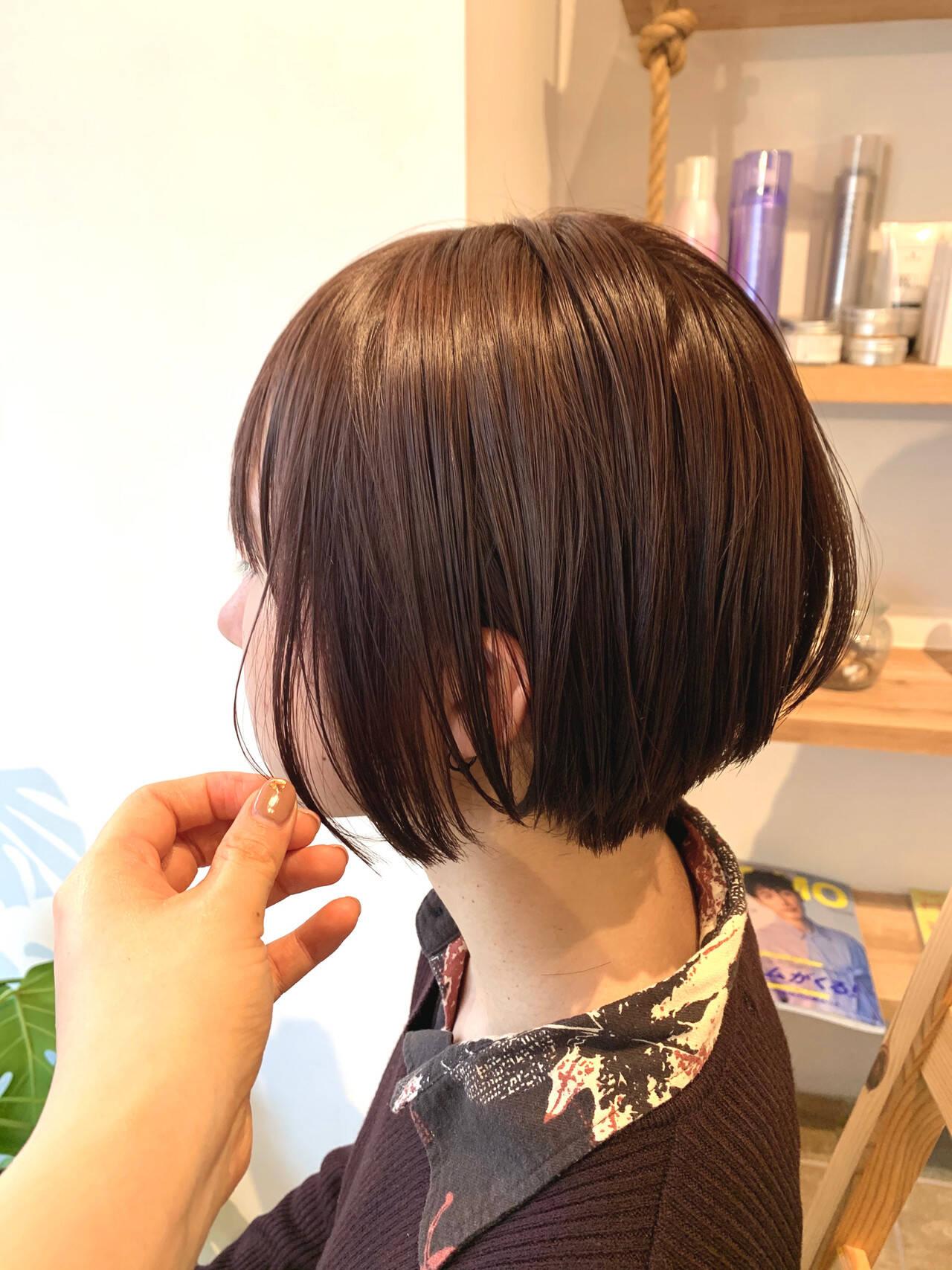 ナチュラル ラベージュ ショートボブ 透明感カラーヘアスタイルや髪型の写真・画像