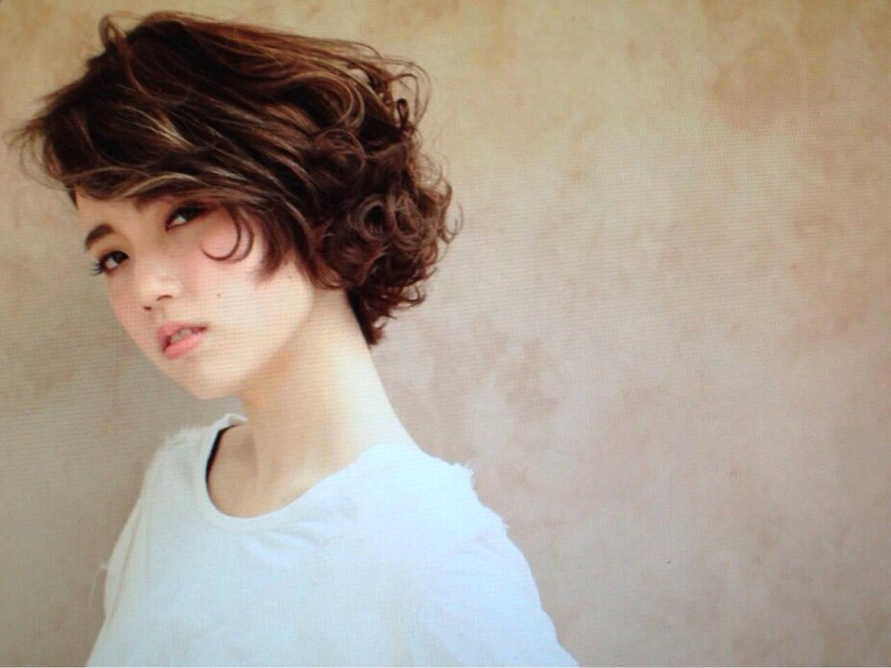 抜け感 モード ボブ ハイライトヘアスタイルや髪型の写真・画像