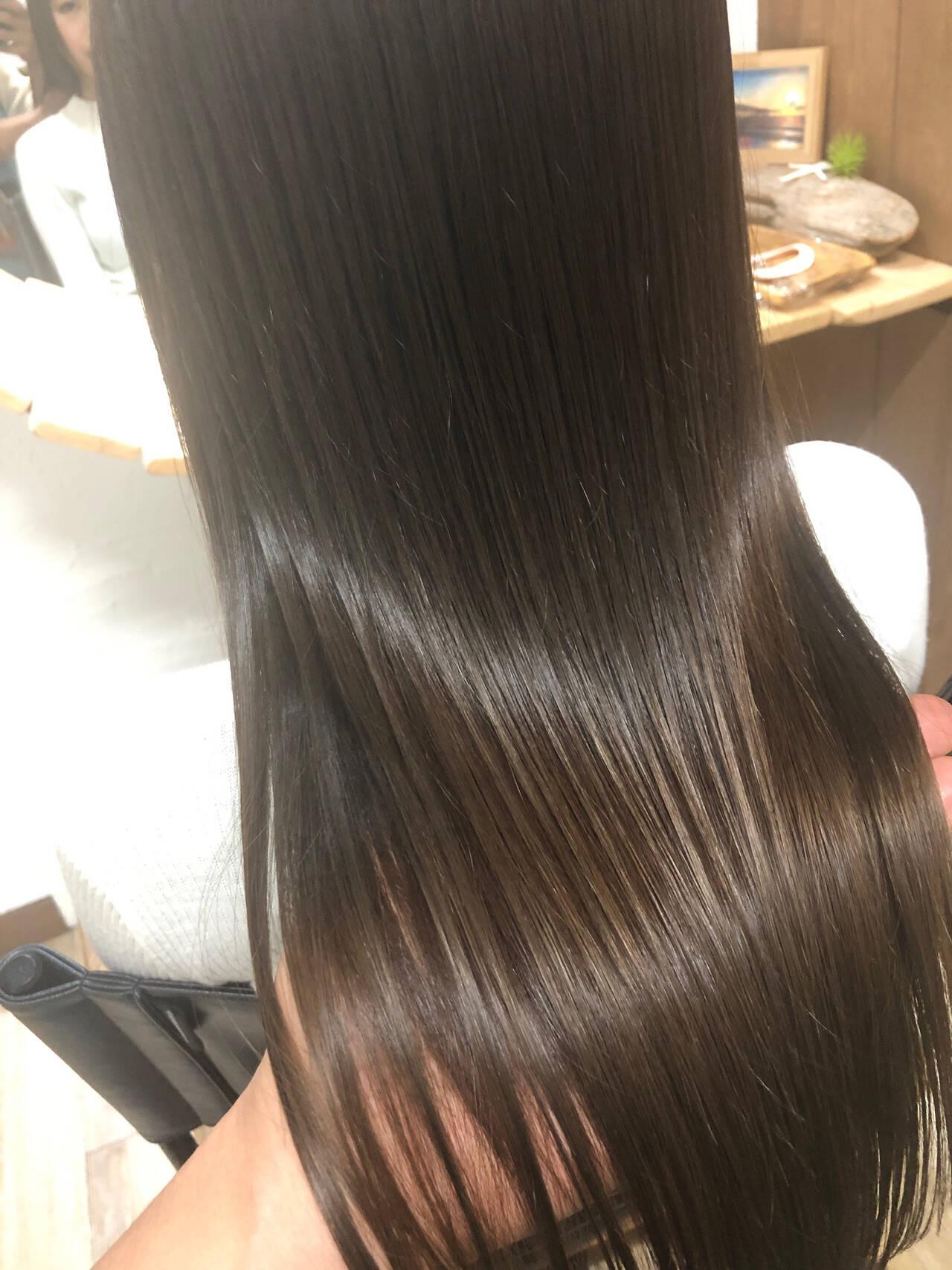 ロング ナチュラル 髪質改善 縮毛矯正ヘアスタイルや髪型の写真・画像