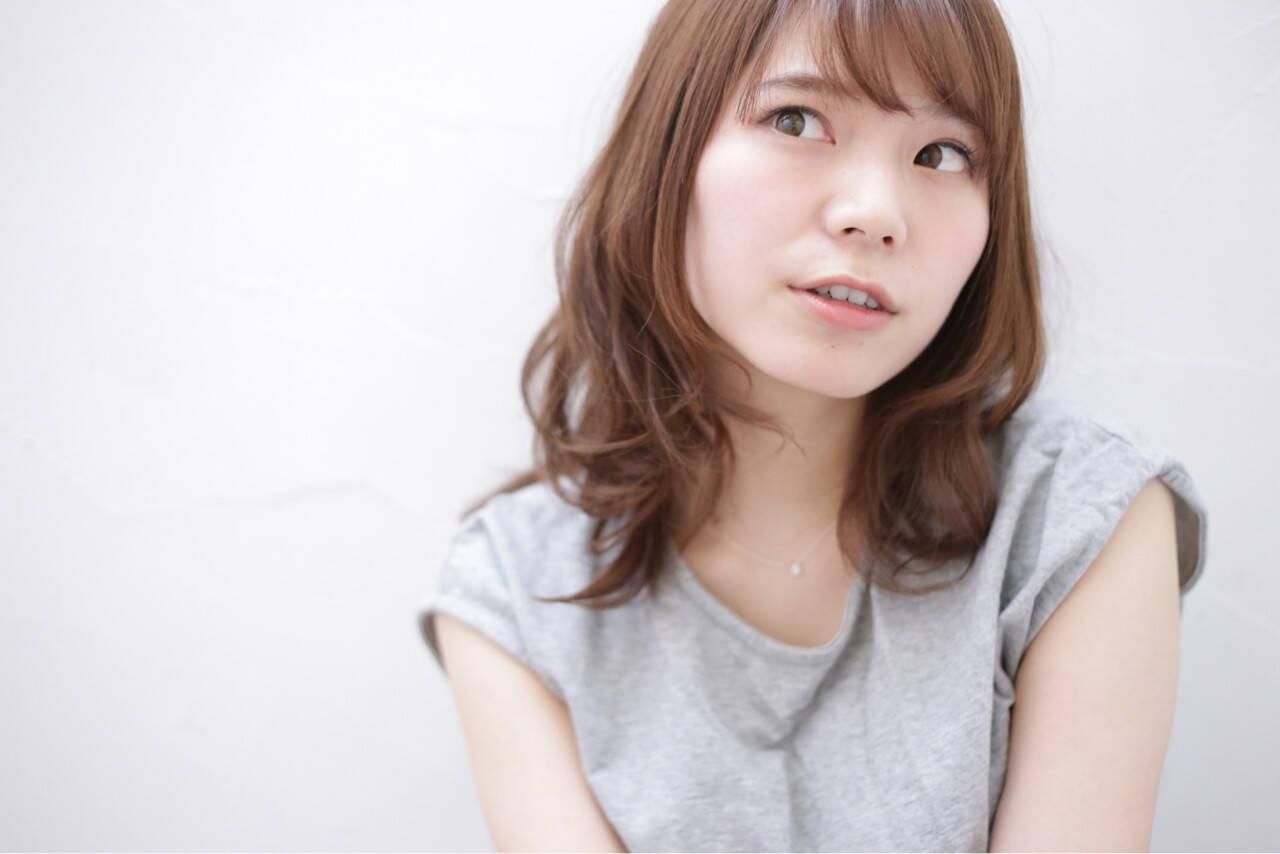 前髪あり ゆるふわ ミディアム 外国人風ヘアスタイルや髪型の写真・画像