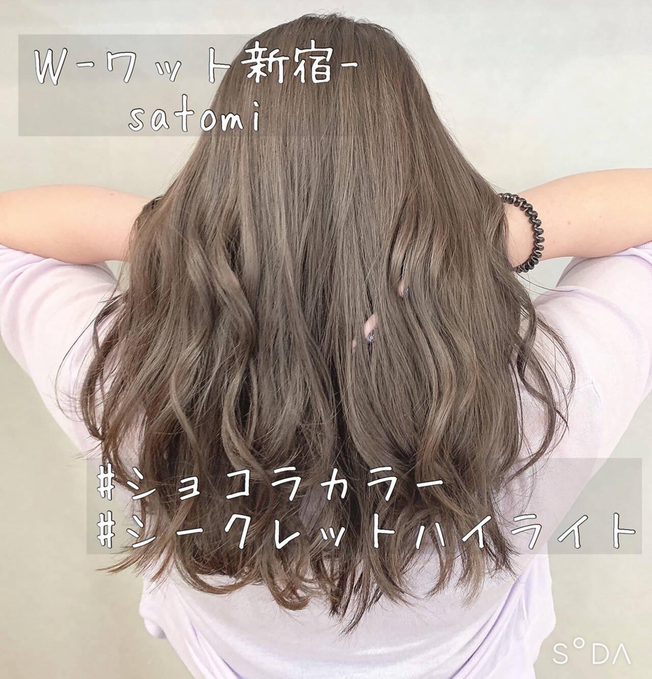 ベージュ グレージュ ピンクベージュ ハイライトヘアスタイルや髪型の写真・画像